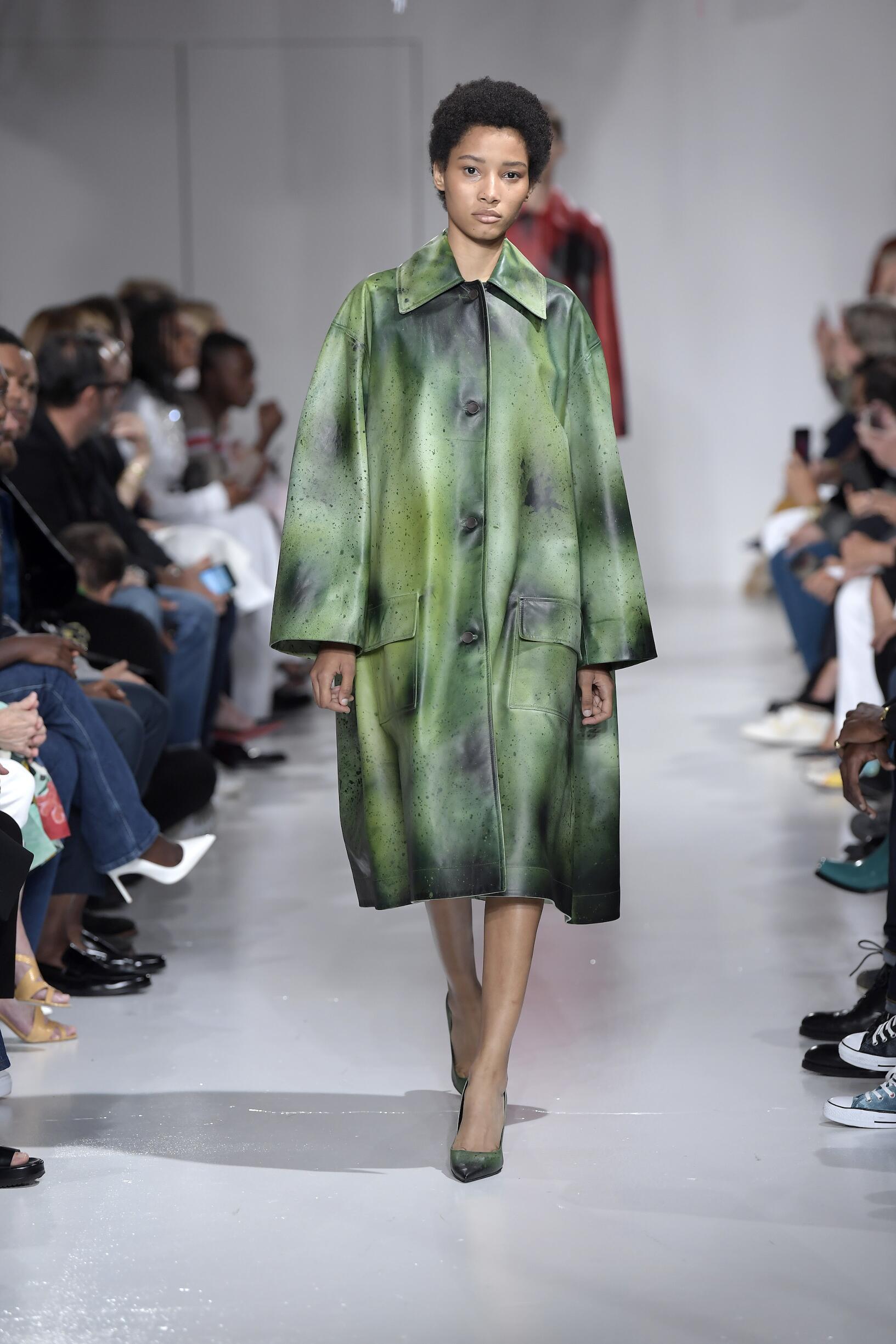 Catwalk Calvin Klein 205W39NYC Woman Fashion Show Summer 2018