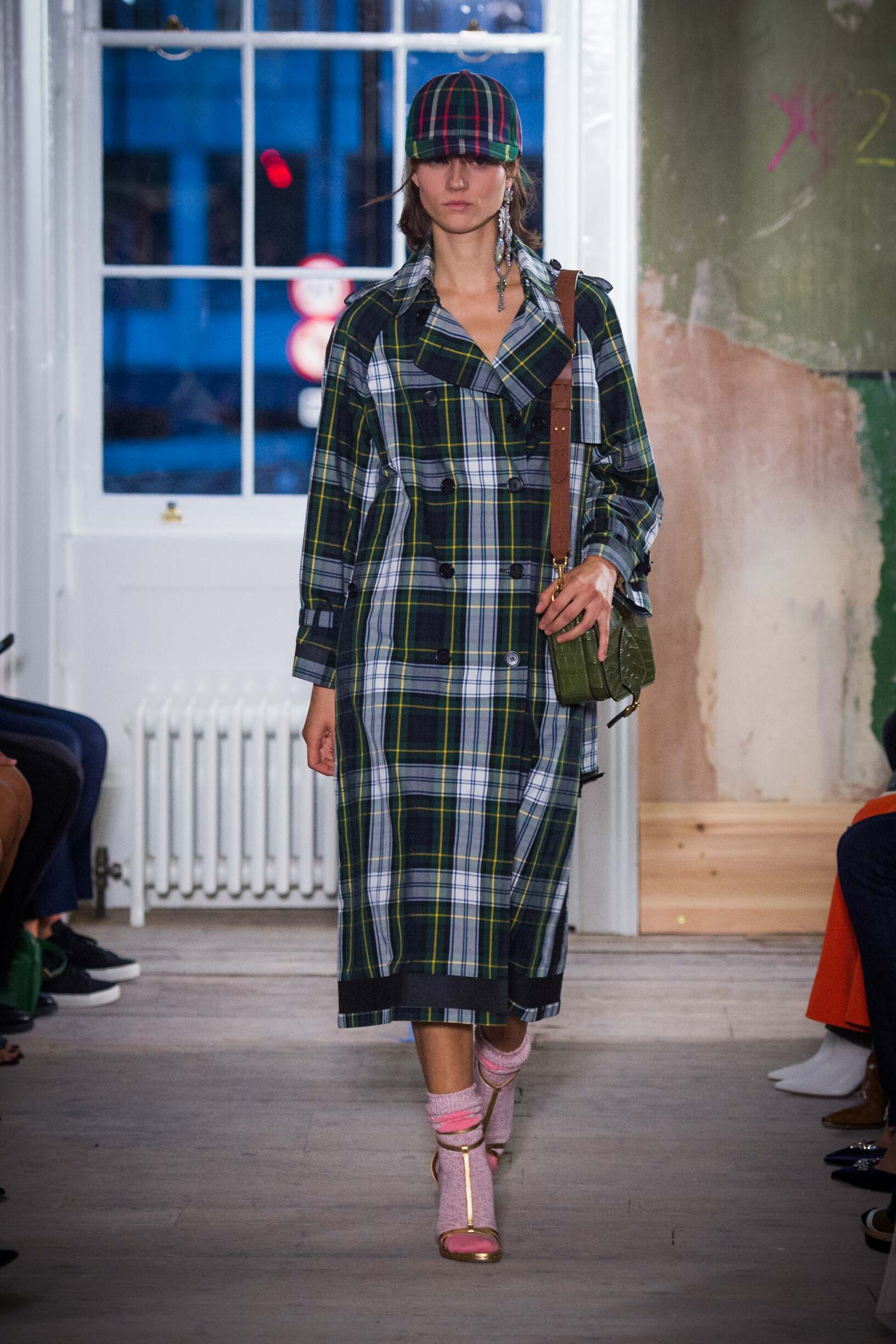 Burberry September 2017 Collection Look 11 London Fashion Week