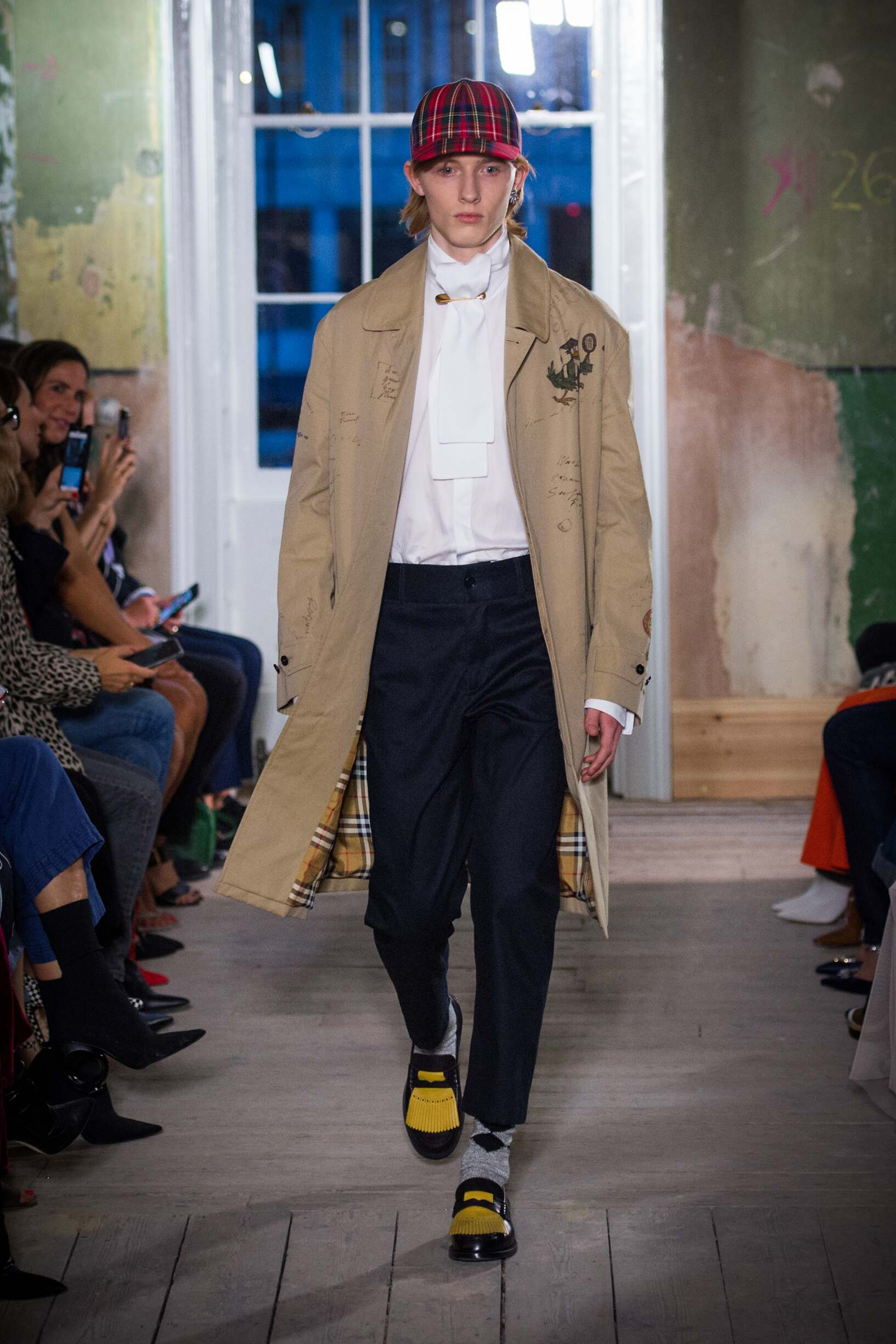 Burberry September 2017 Collection Look 14 London Fashion Week