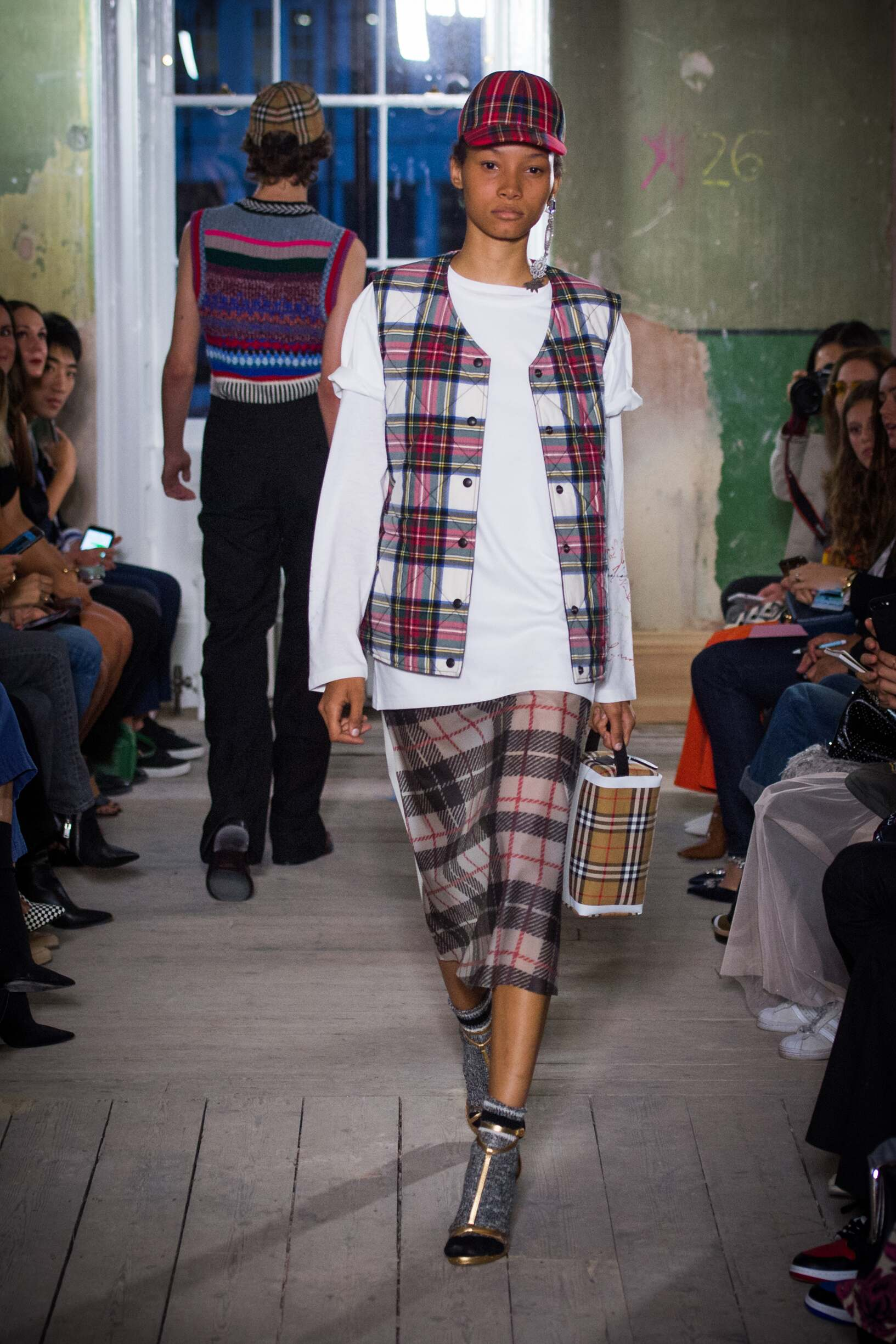 Burberry September 2017 Collection Look 34 London Fashion Week
