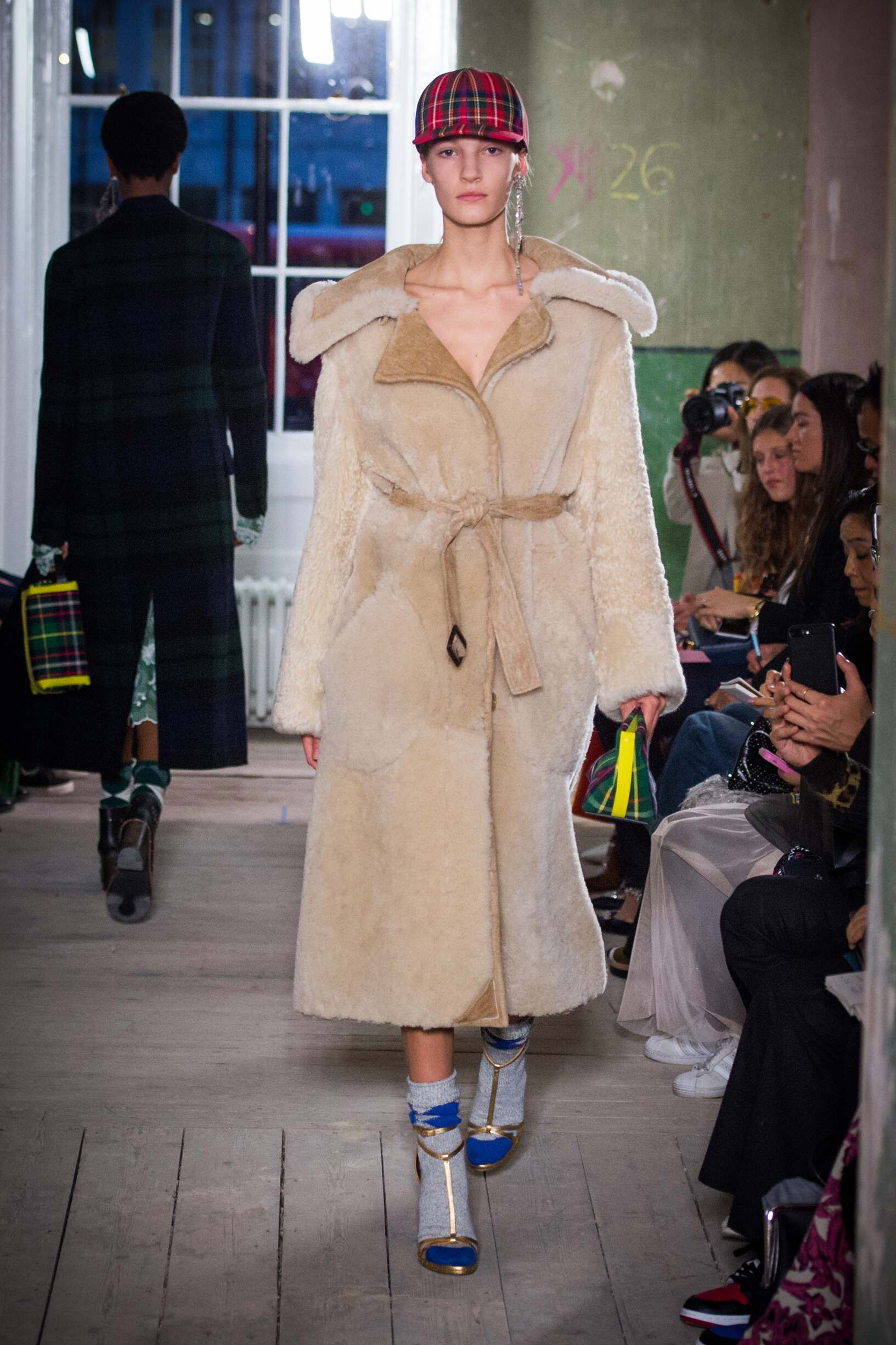 Burberry September 2017 Collection Look 41 London Fashion Week
