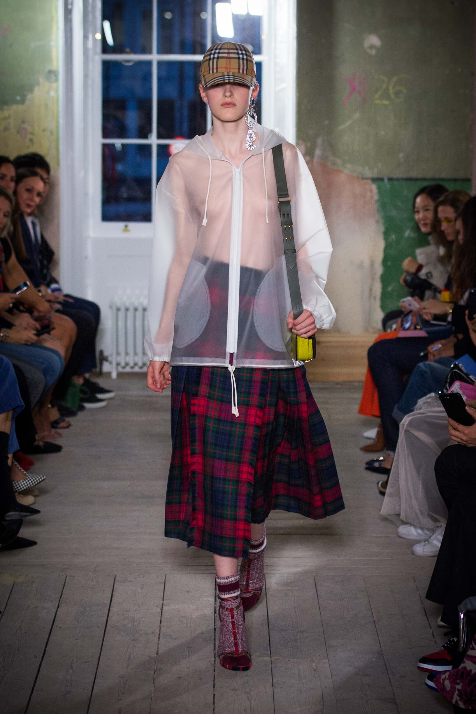 Burberry September 2017 Collection Look 47 London Fashion Week