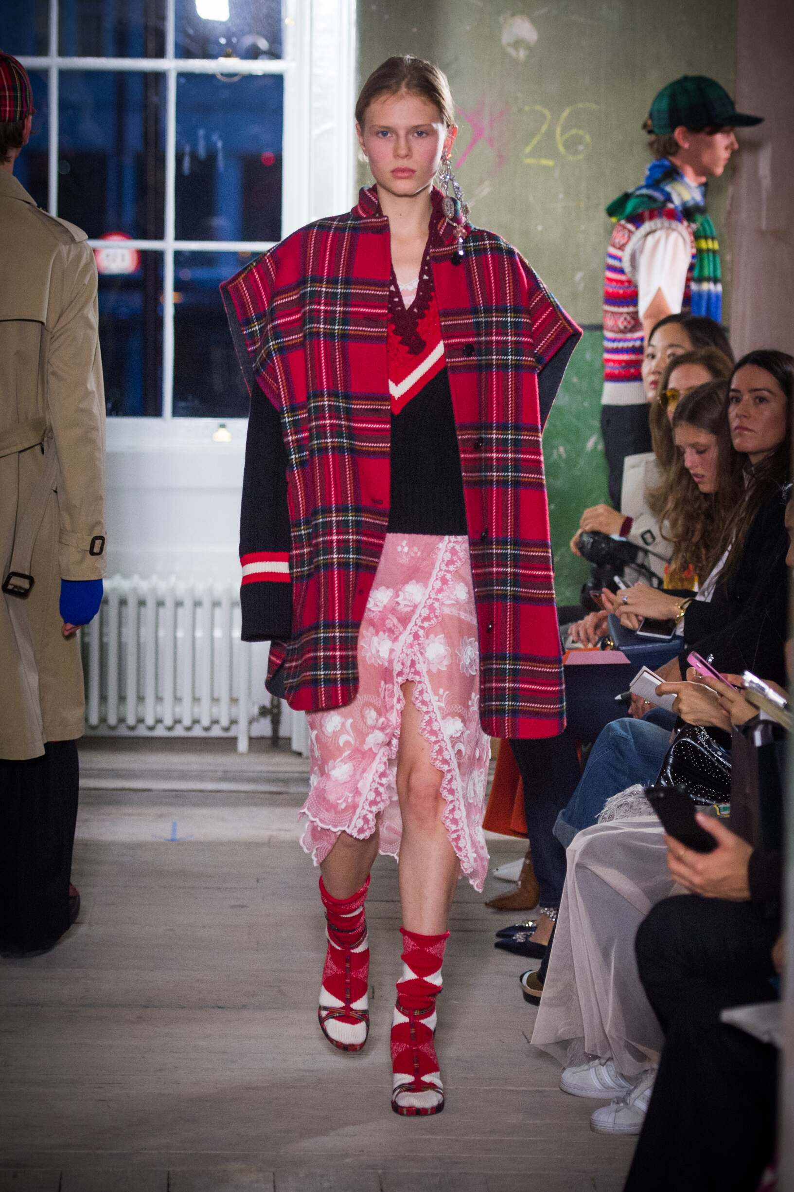 Burberry September 2017 Collection Look 51 London Fashion Week