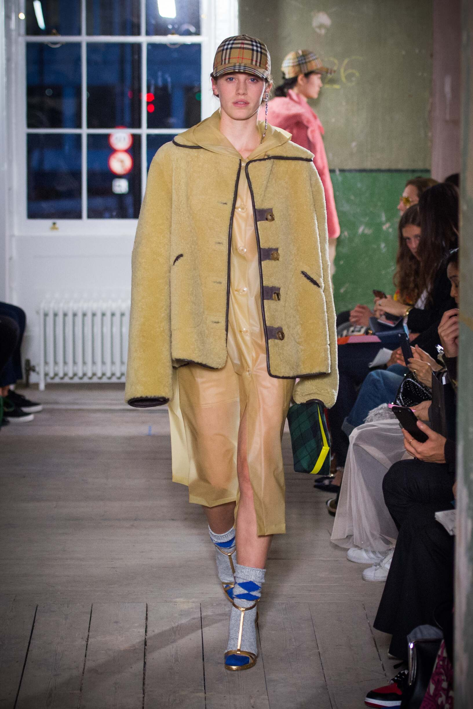 Burberry September 2017 Collection Look 55 London Fashion Week