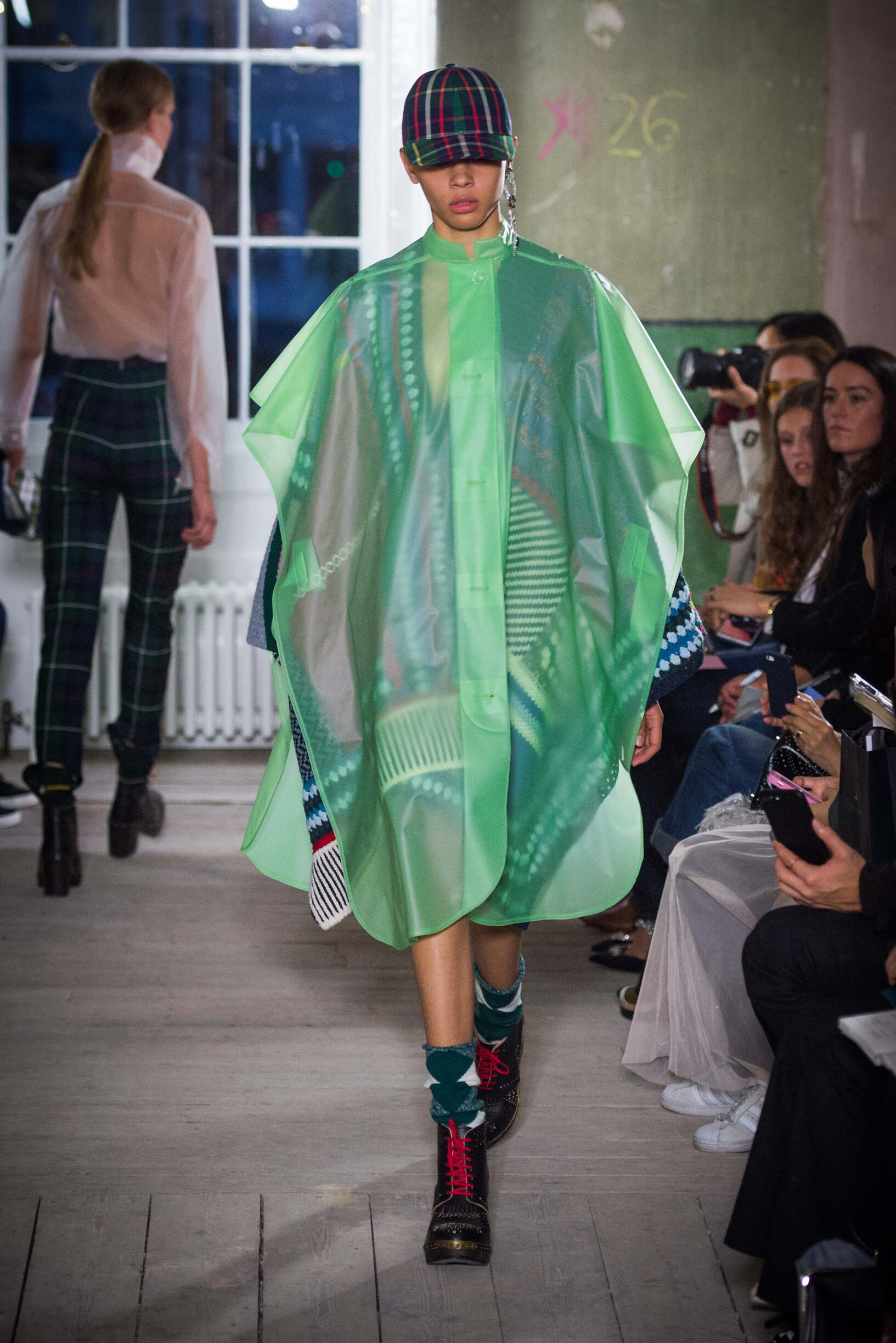 Burberry September 2017 Collection The Skinny Beep