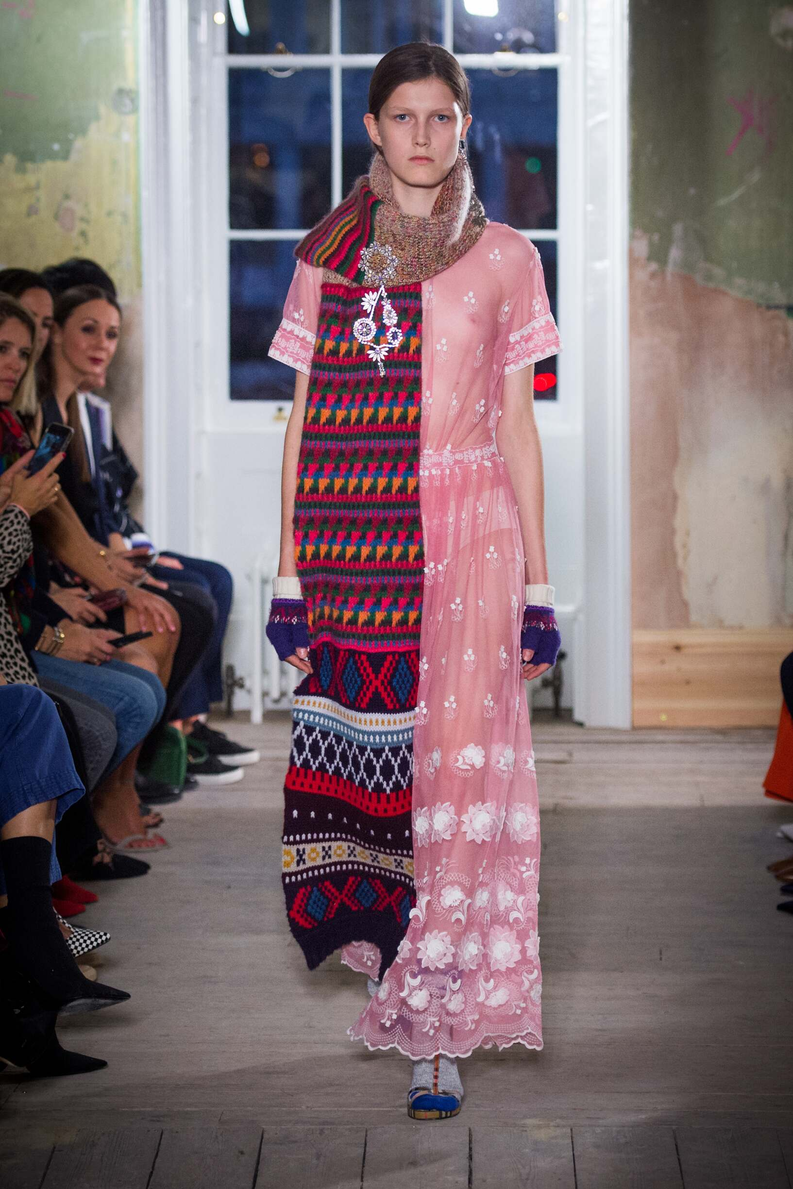Burberry September 2017 Collection Look 66 London Fashion Week