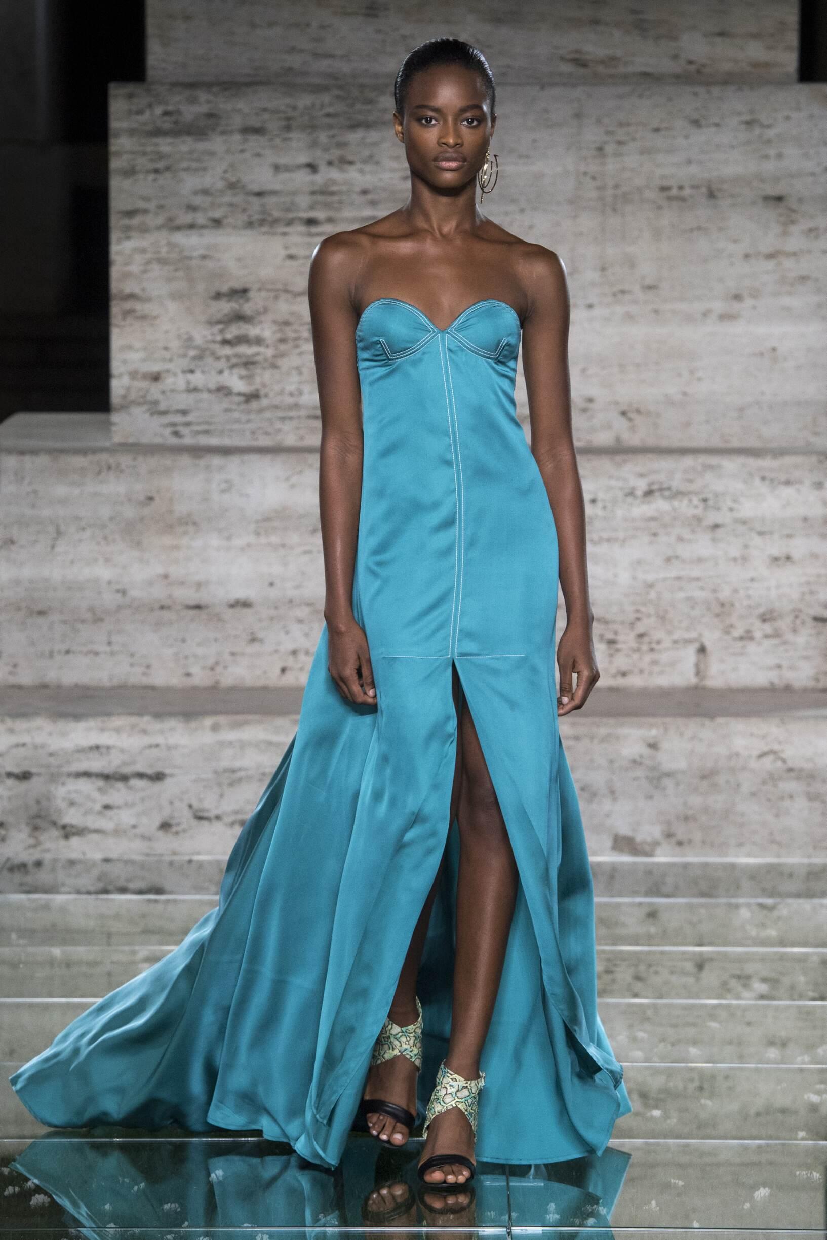 2018 Salvatore Ferragamo Catwalk Milan Fashion Week