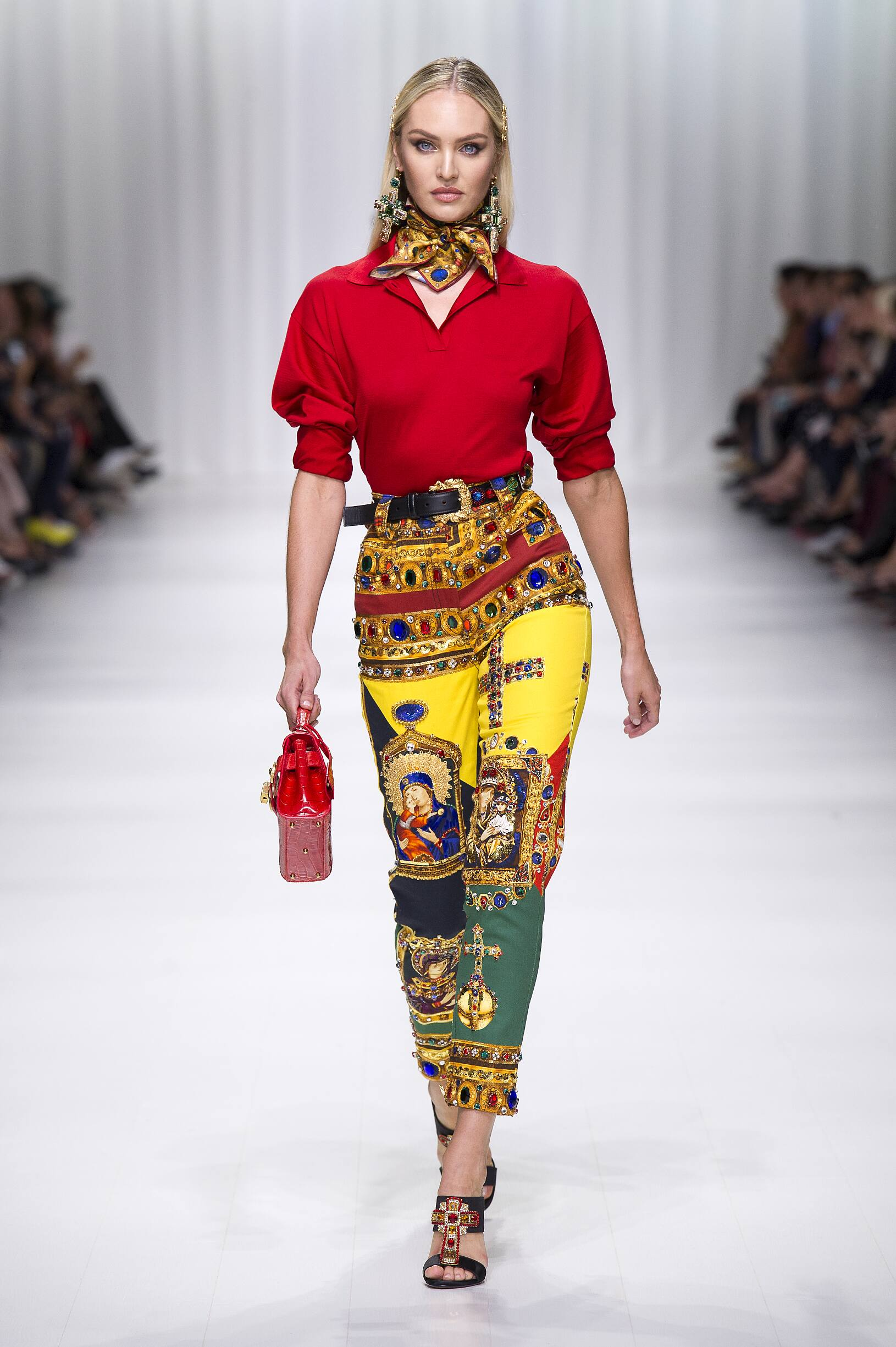 VERSACE SPRING SUMMER 2018 WOMEN'S COLLECTION