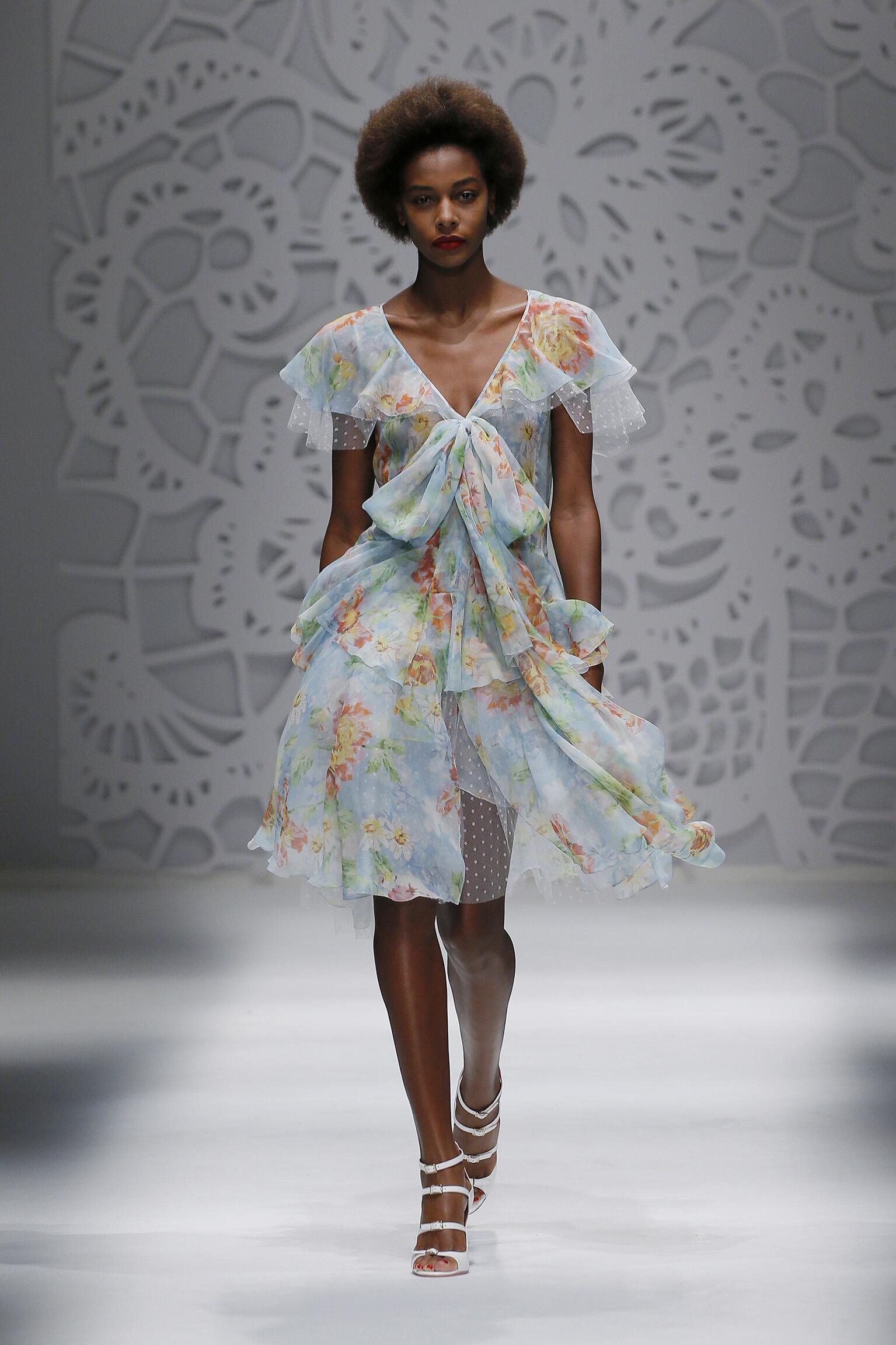 Catwalk Blumarine Woman Fashion Show Summer 2018