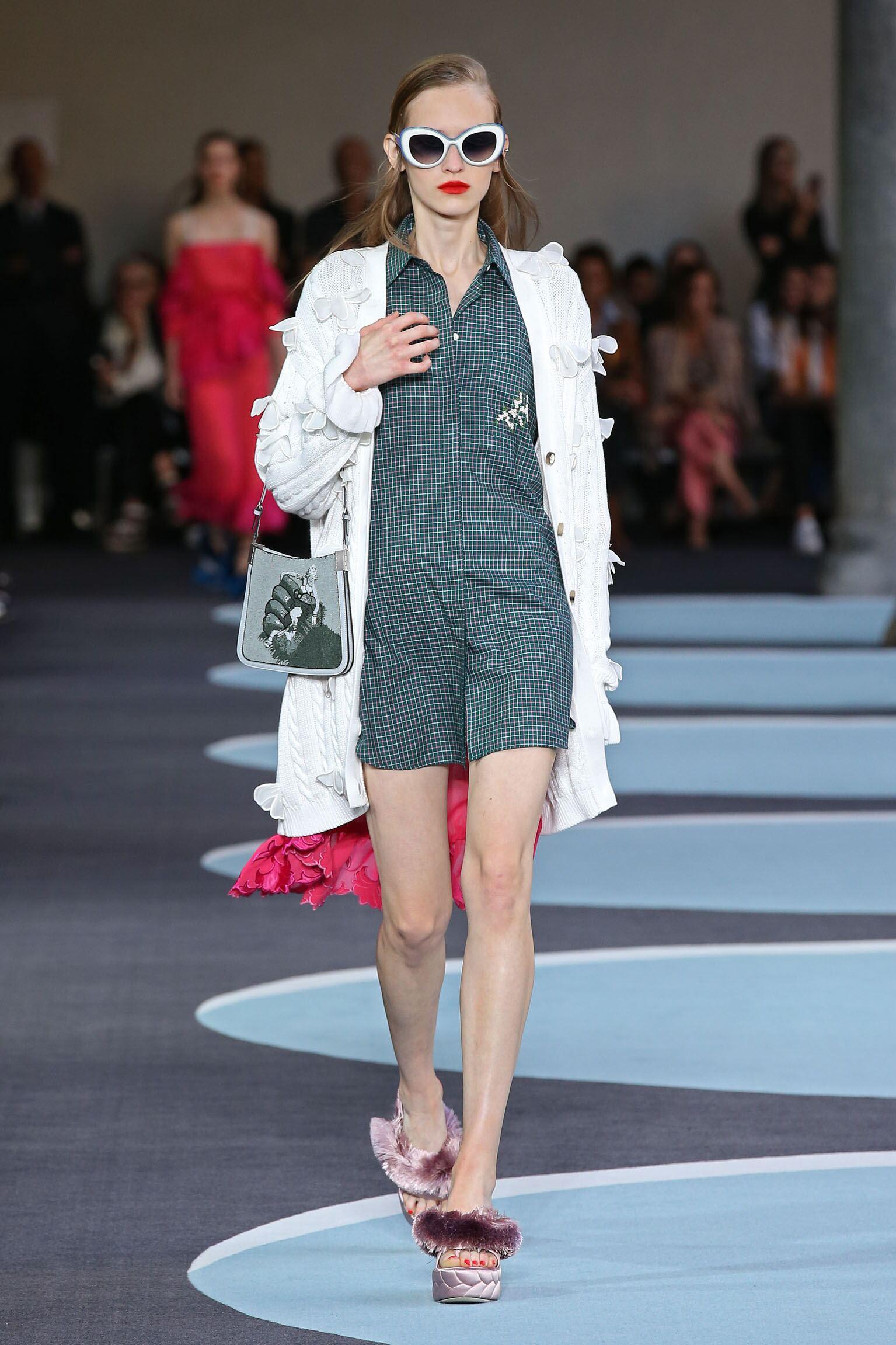 Catwalk Marco De Vincenzo Woman Fashion Show Summer 2018