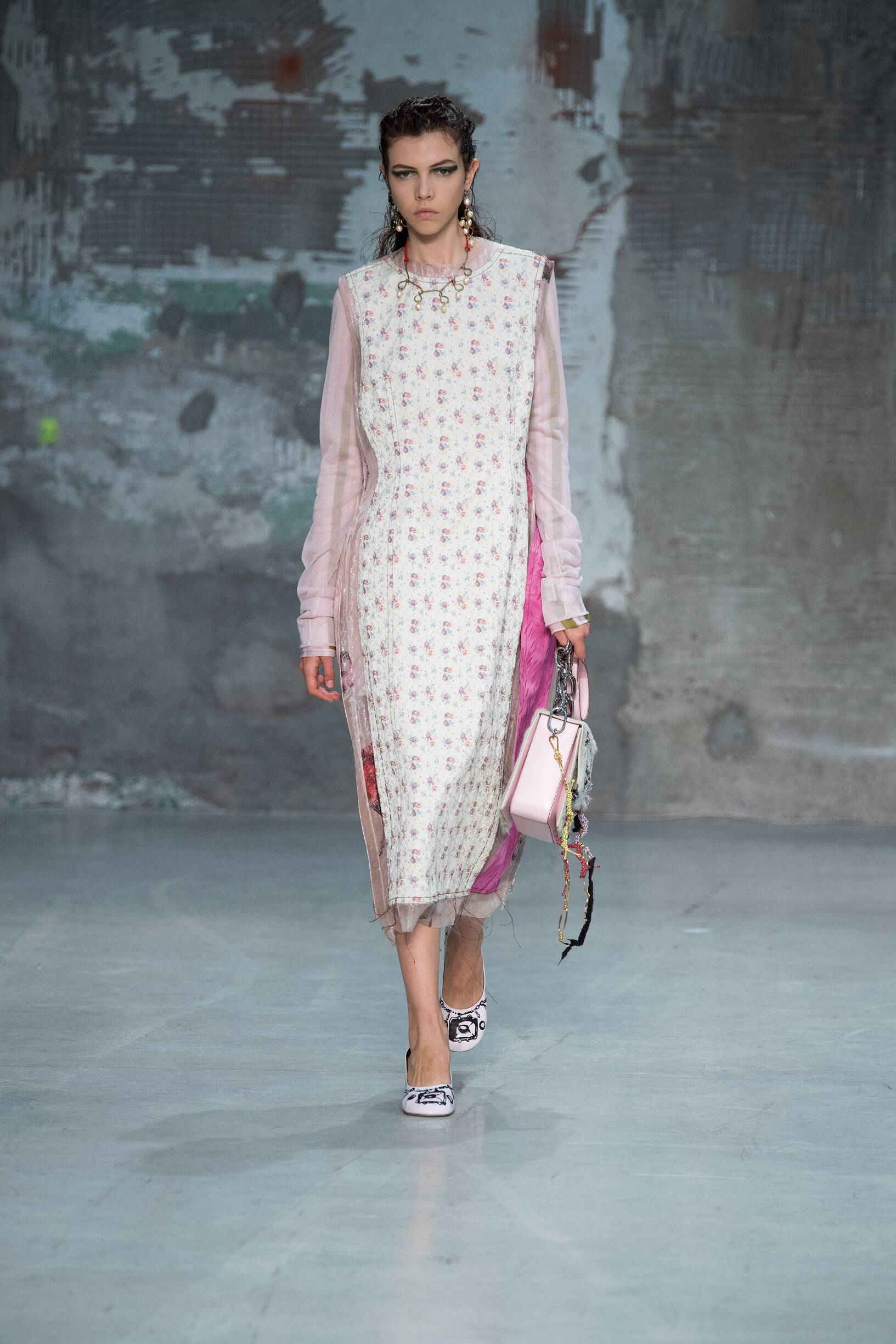 Catwalk Marni Woman Fashion Show Summer 2018