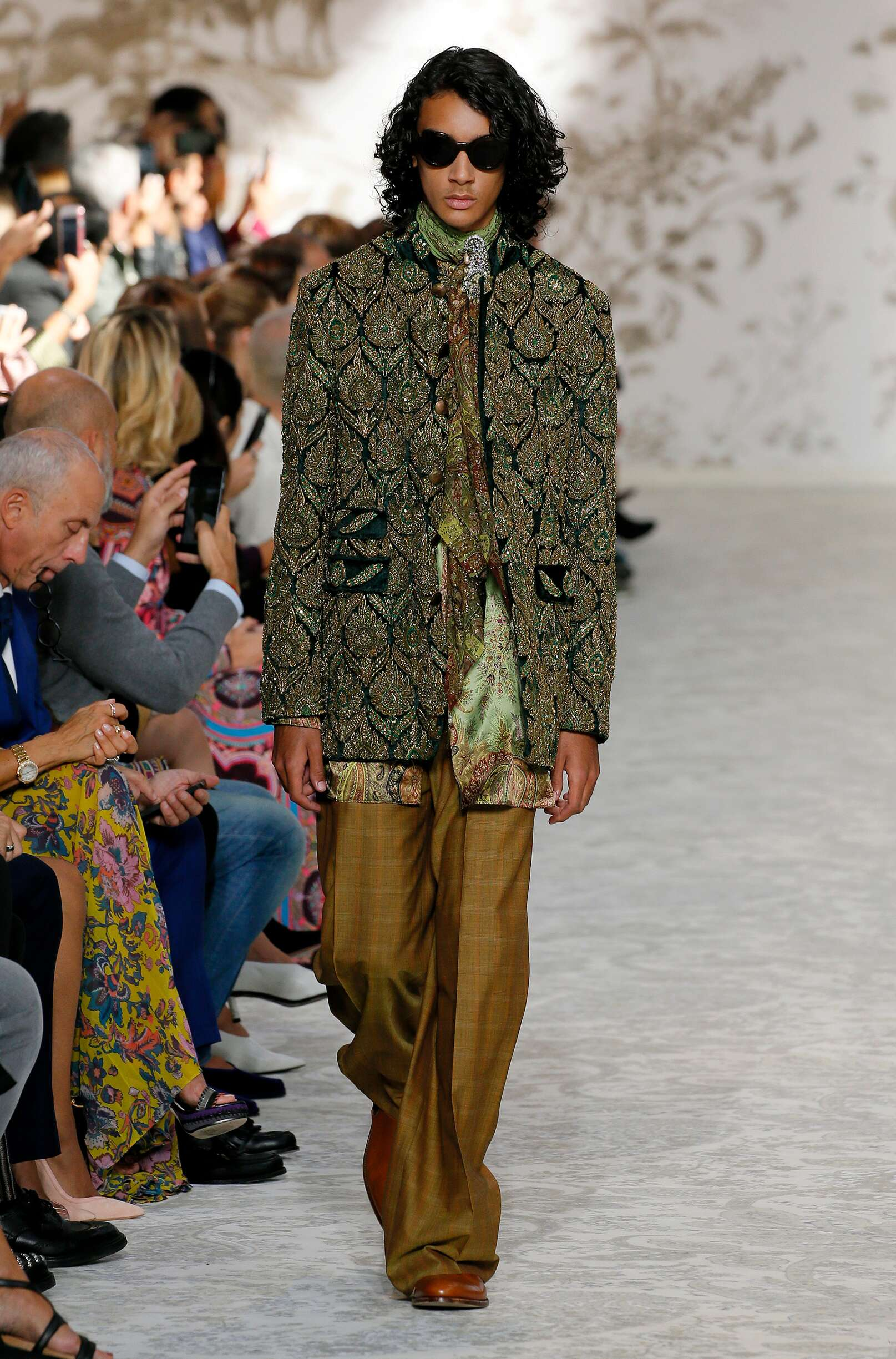 Etro Menswear Collection Trends Summer