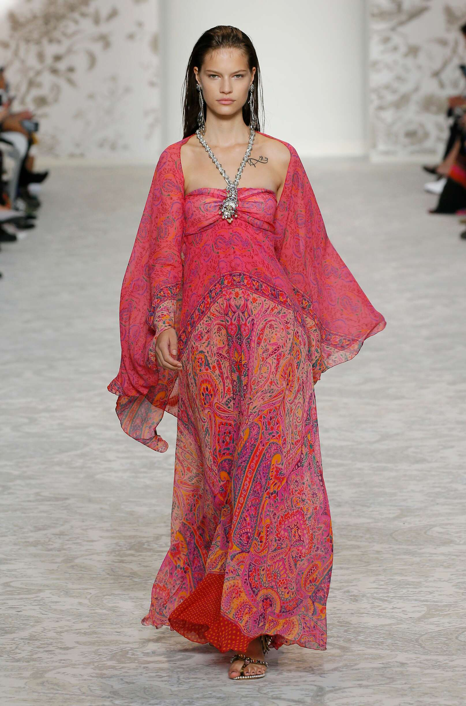 Etro Woman Catwalk