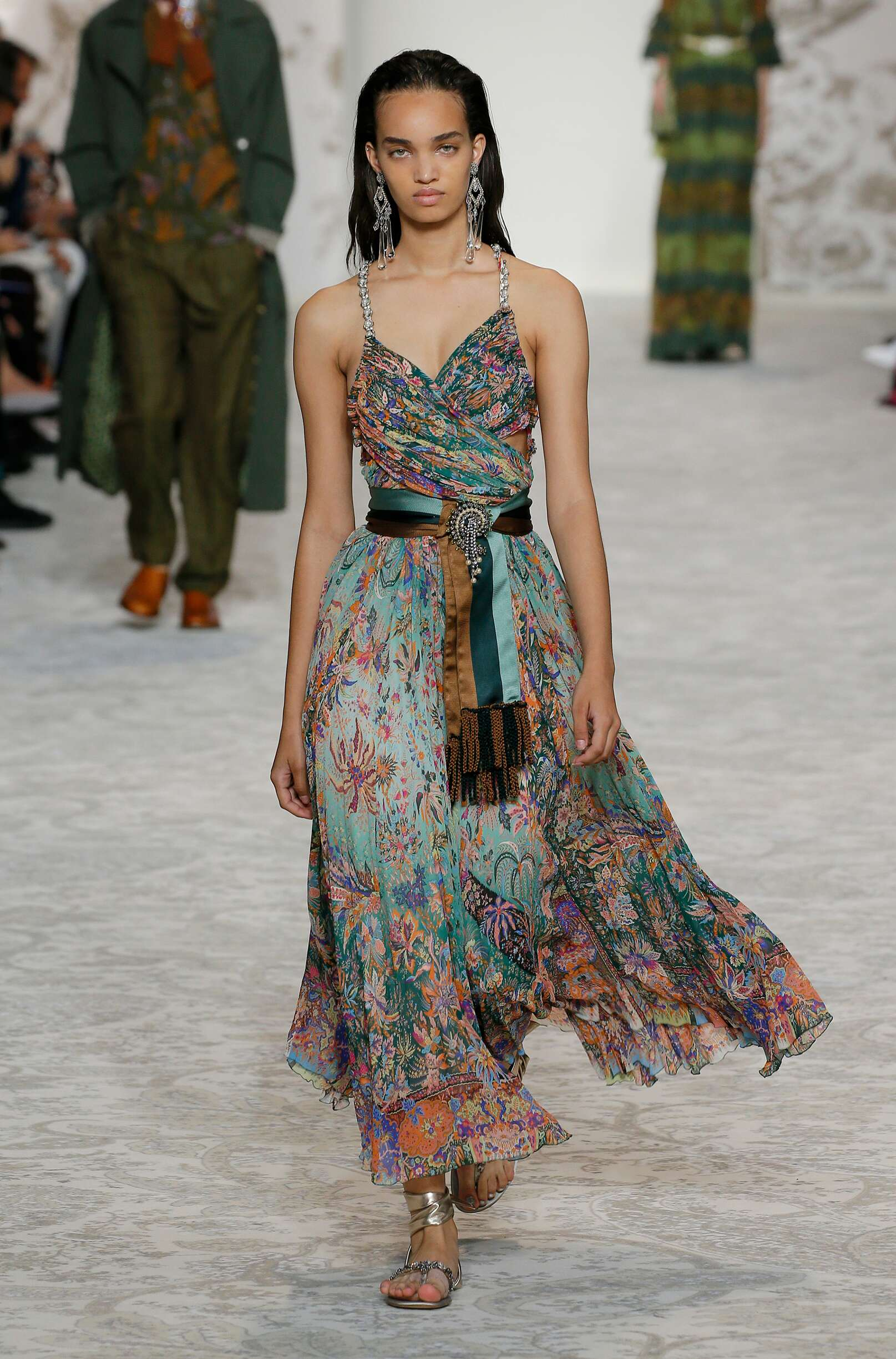 Etro Womenswear Collection Trends