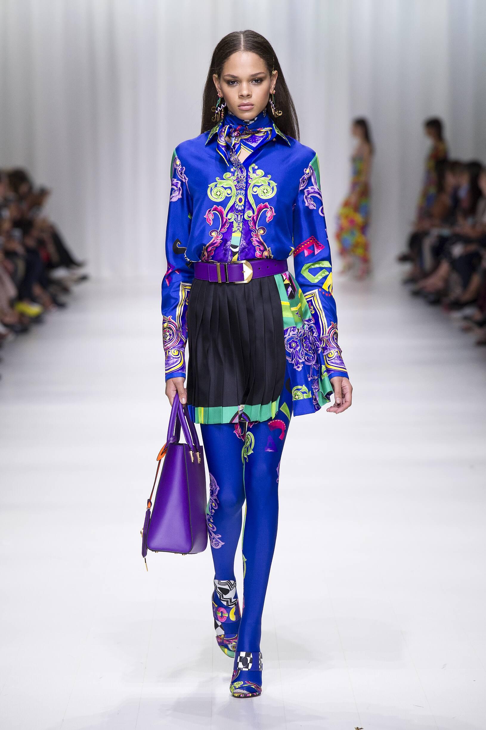 Fashion 2018 Runway Versace Summer