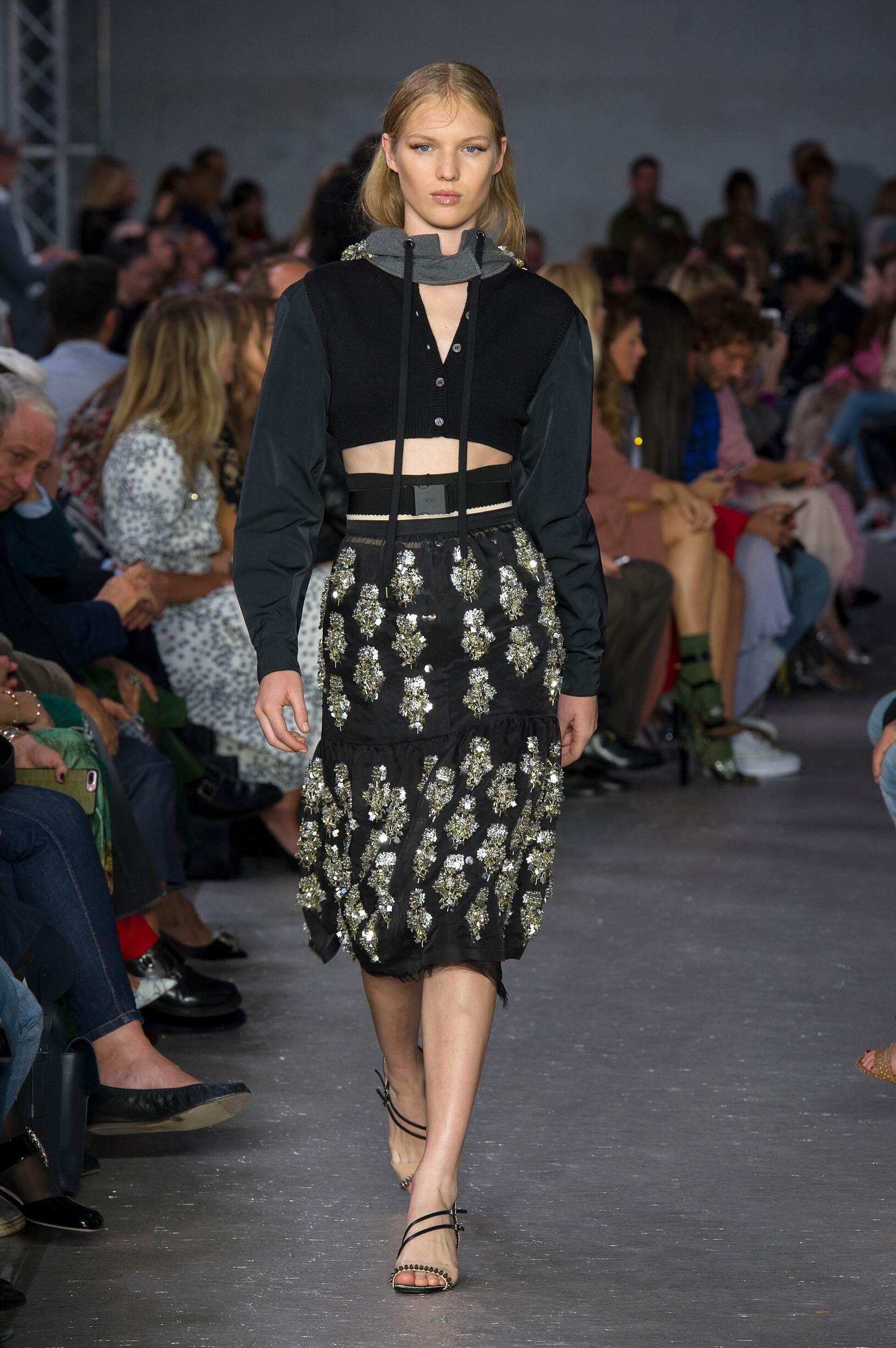Fashion 2018 Womens Woman Style N°21
