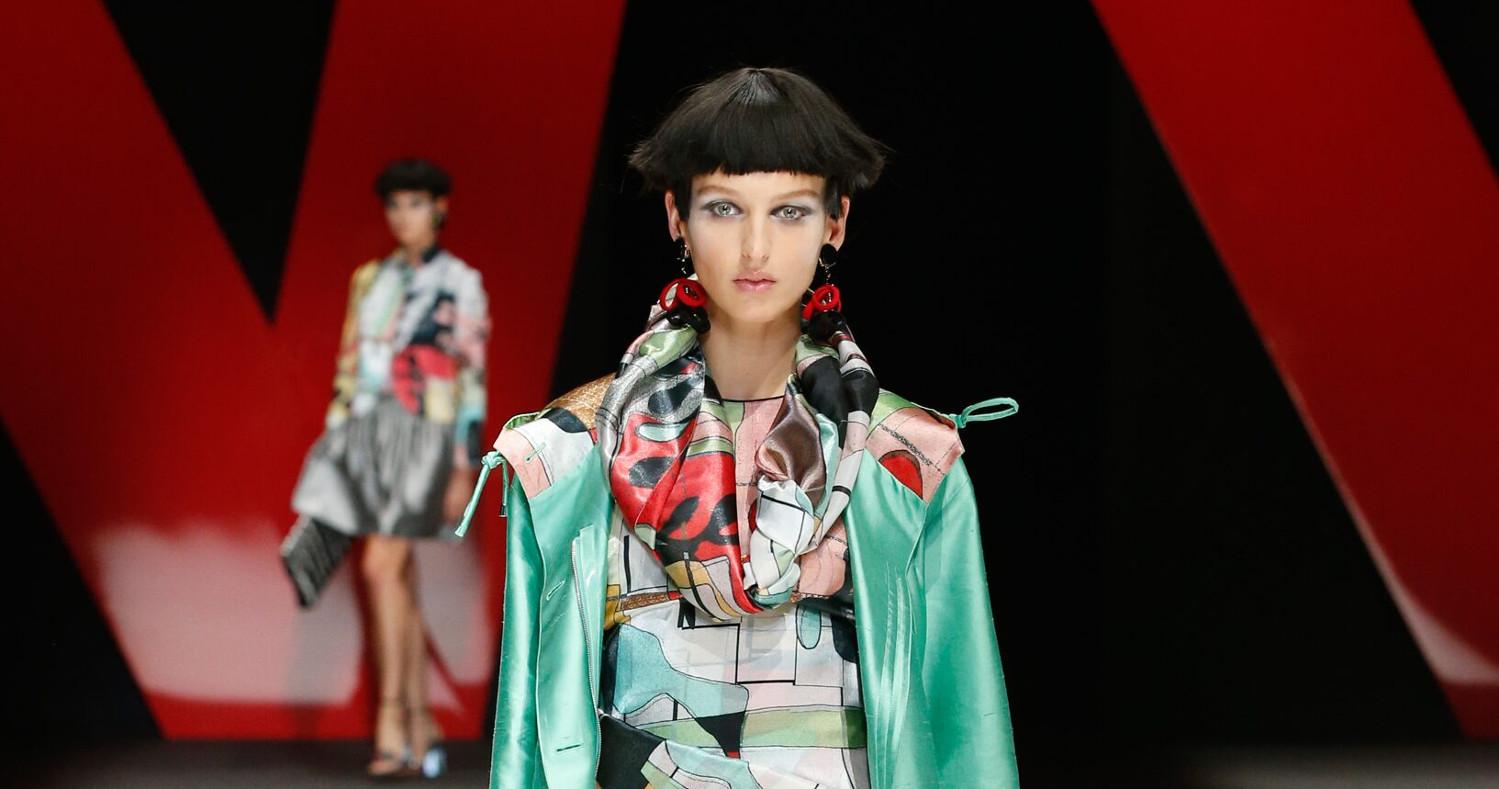 Giorgio Armani Fashion Show SS 2018 Milan