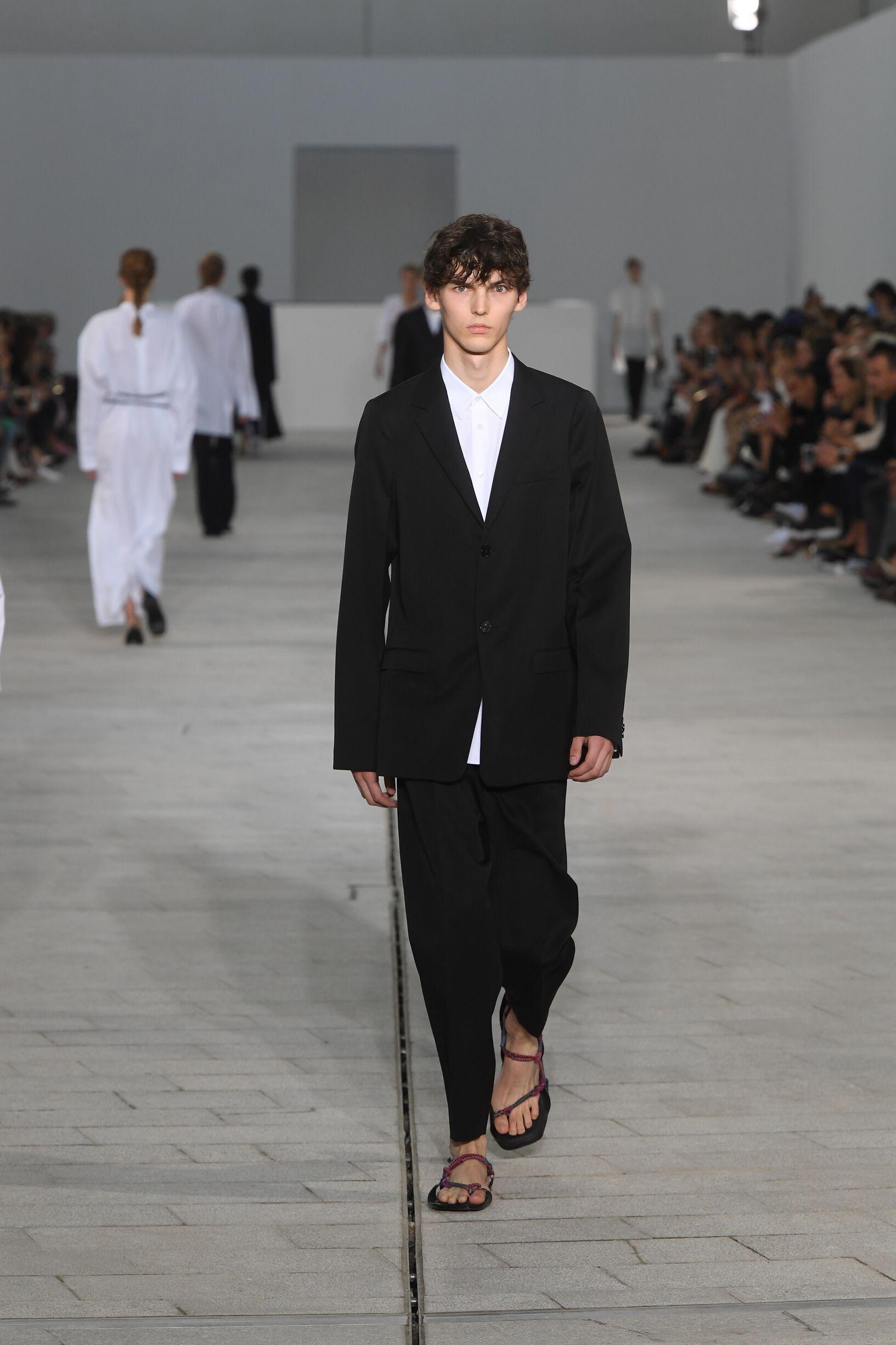 Jil Sander Spring Summer 2018 Mens Collection Milan Fashion Week