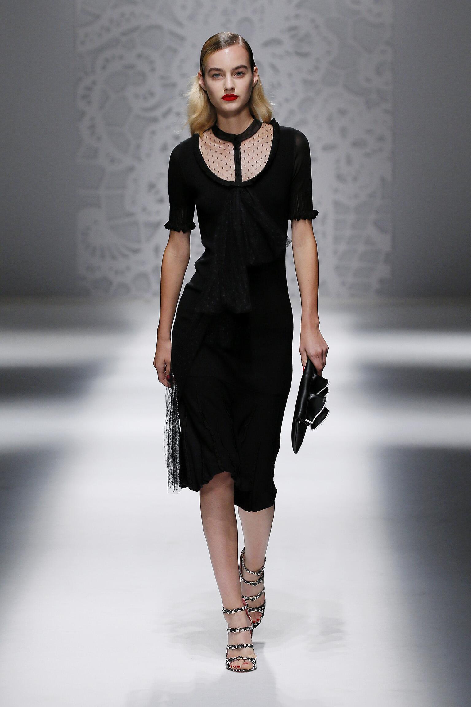 Model Fashion Show Blumarine