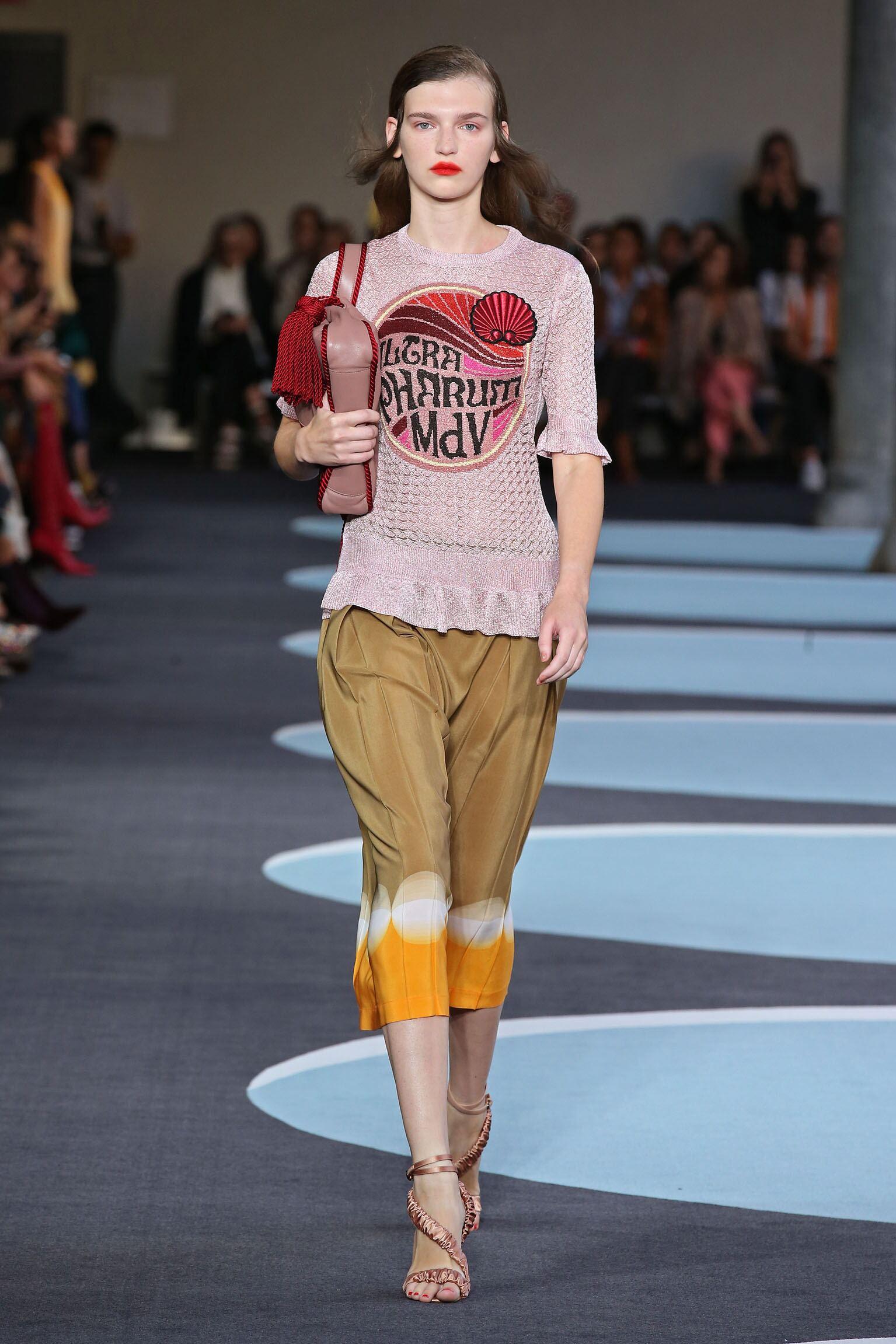 Model Fashion Show Marco De Vincenzo