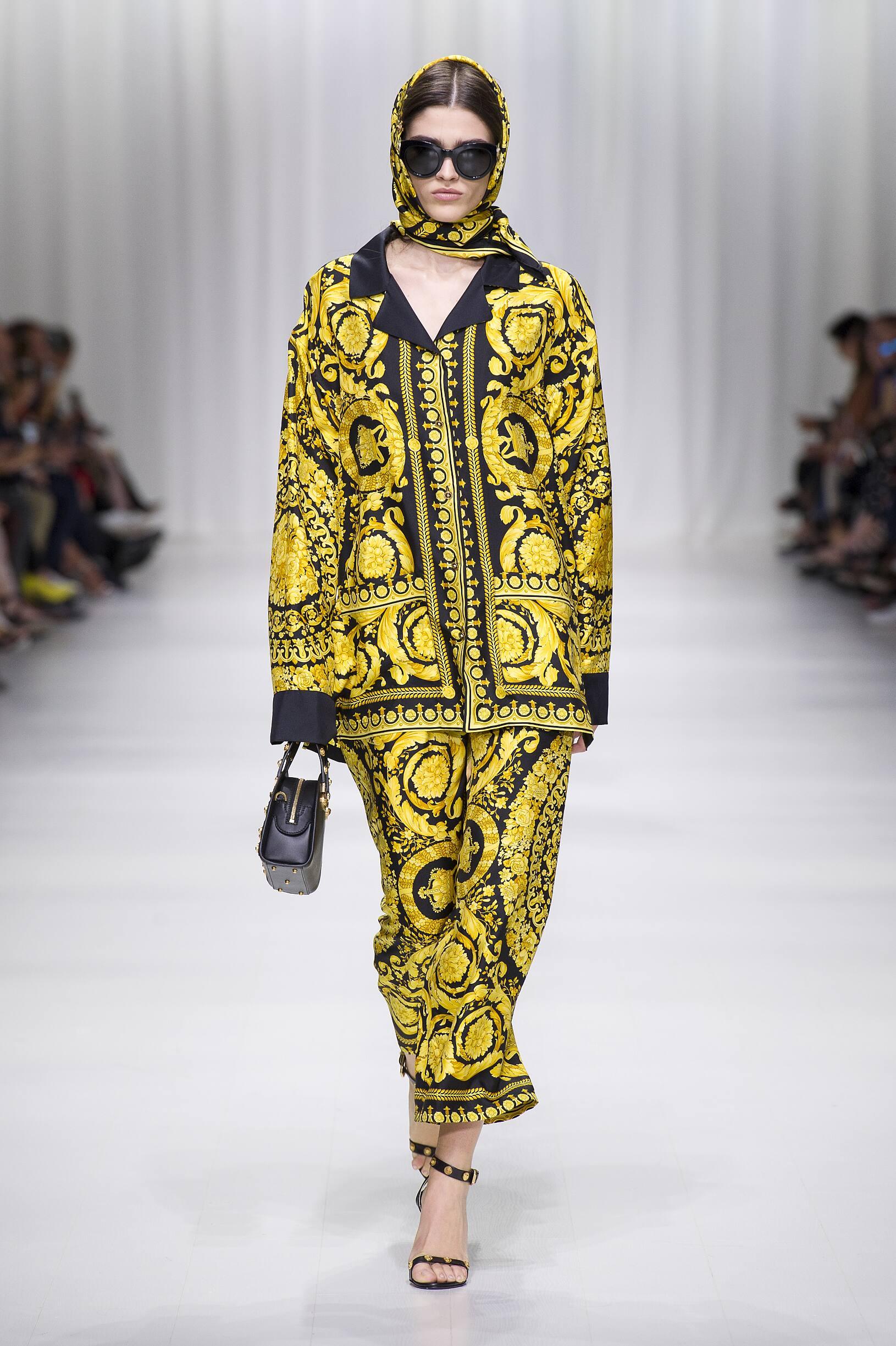 Model Fashion Show Versace