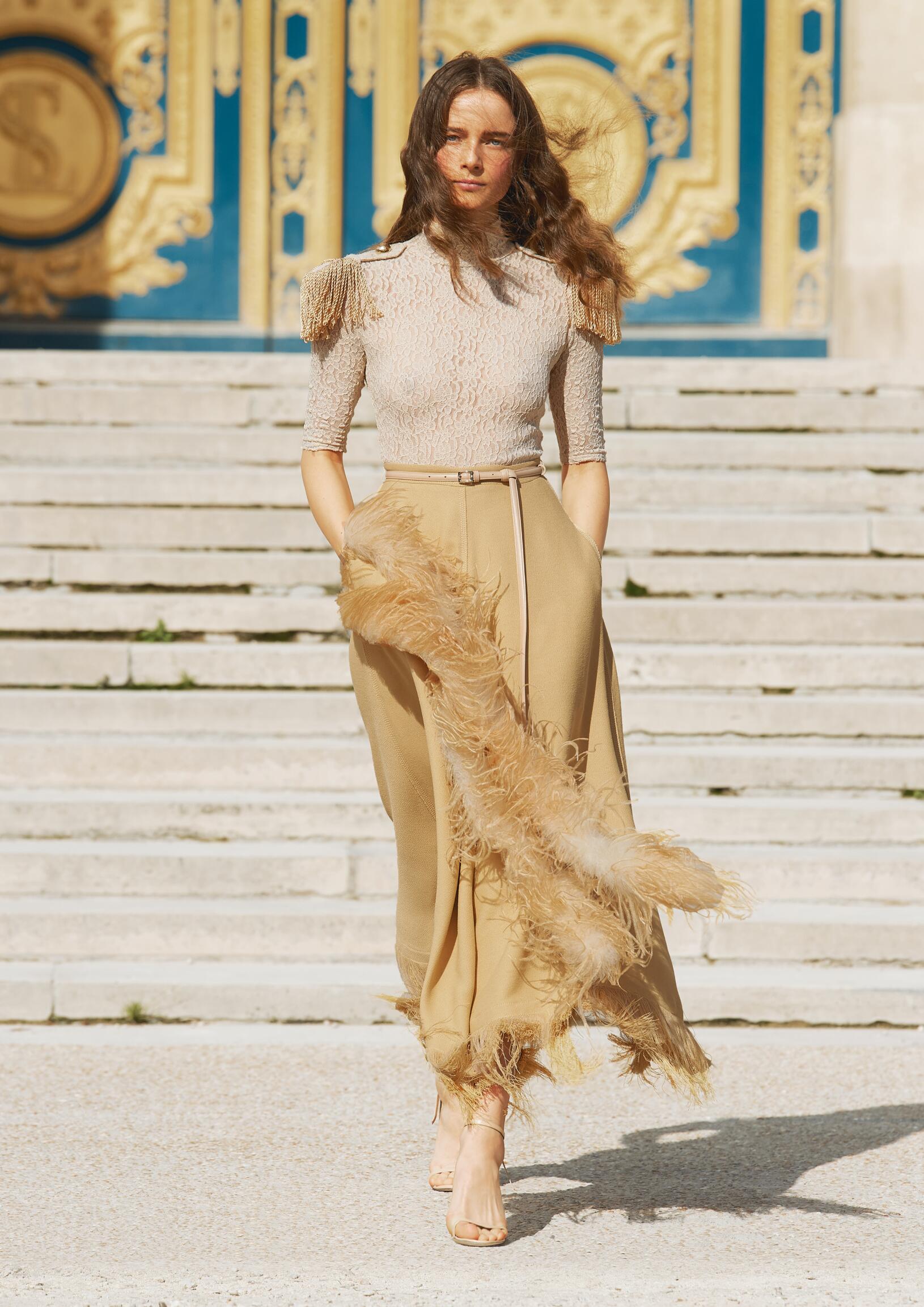 Nina Ricci Spring Summer 2018 Womens Collection Paris Fashion Week