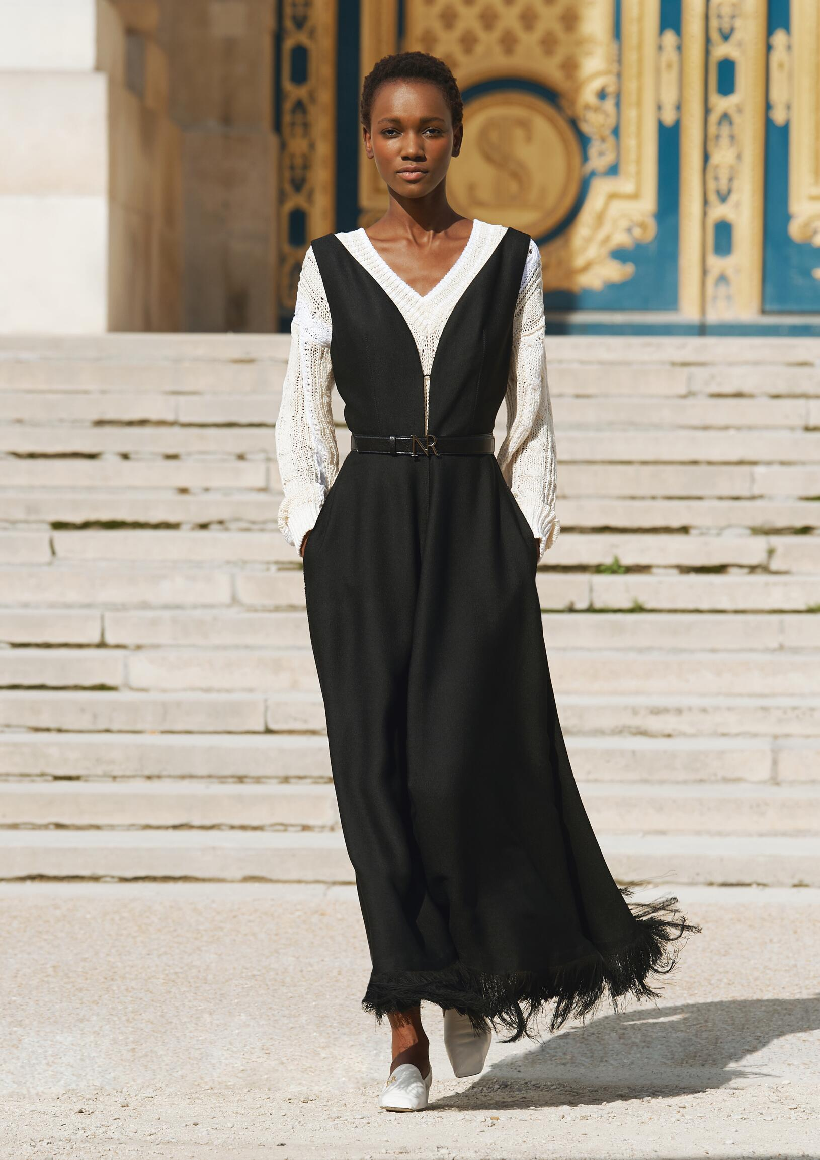 Runway Nina Ricci Spring Summer 2018 Women's Collection Paris Fashion Week