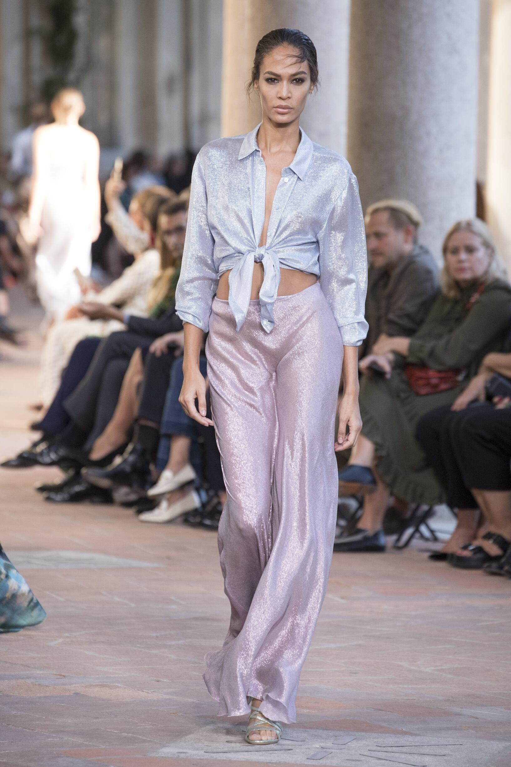 SS 2018 Alberta Ferretti Fashion Show Milan Fashion Week