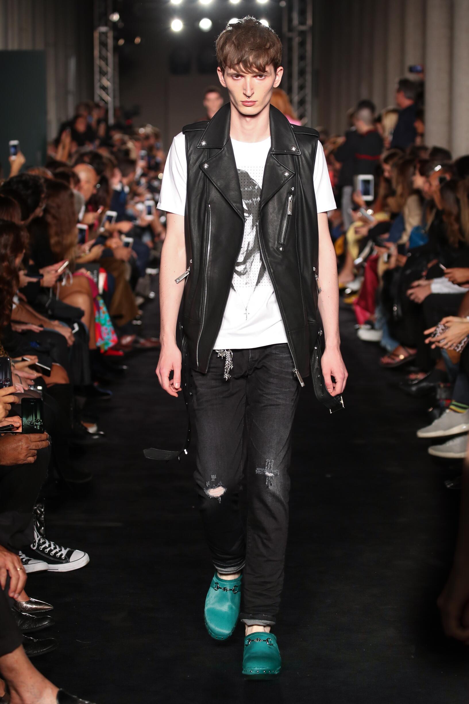 SS 2018 John Richmond Fashion Show Milan