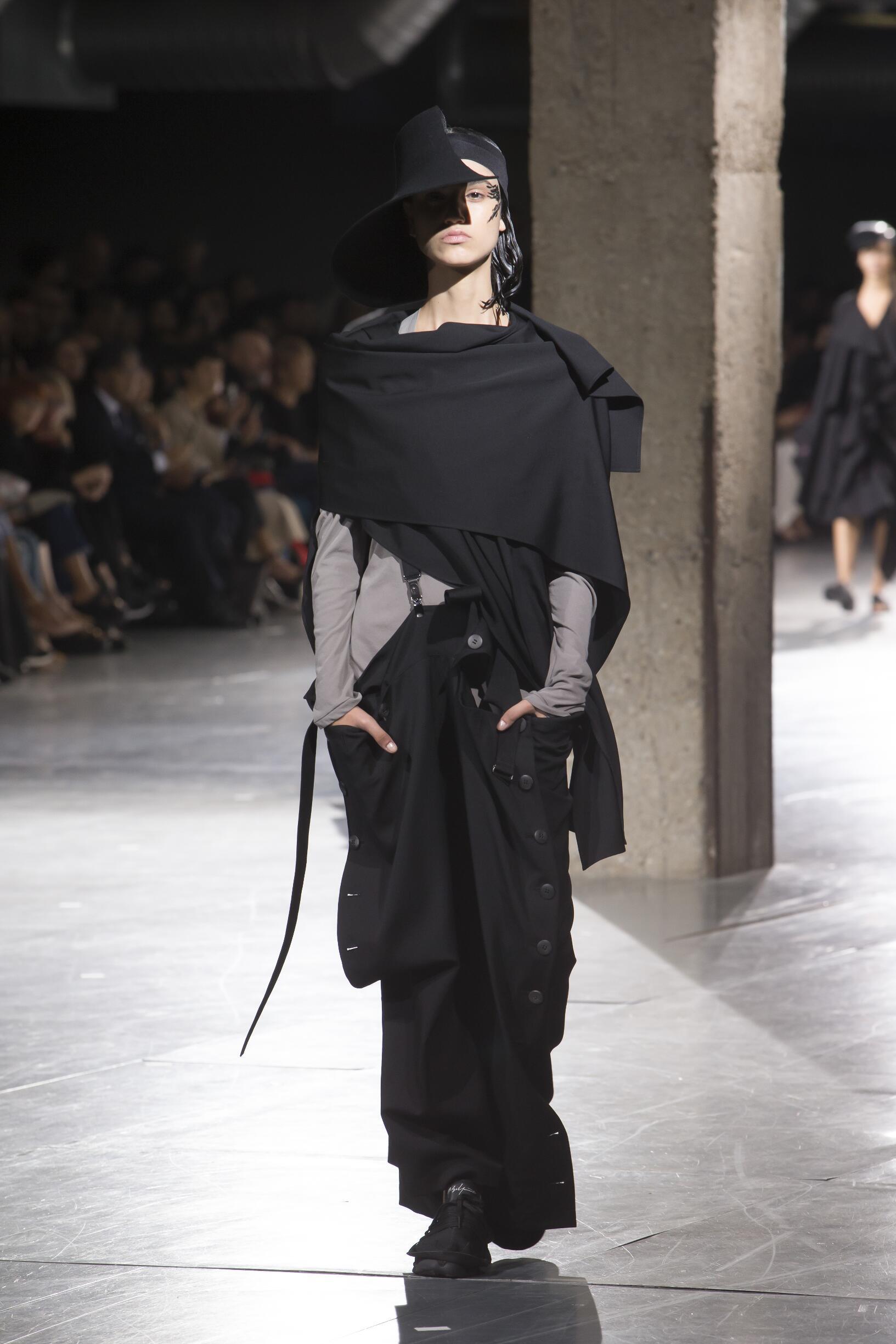 Spring 2018 Fashion Trends Yohji Yamamoto