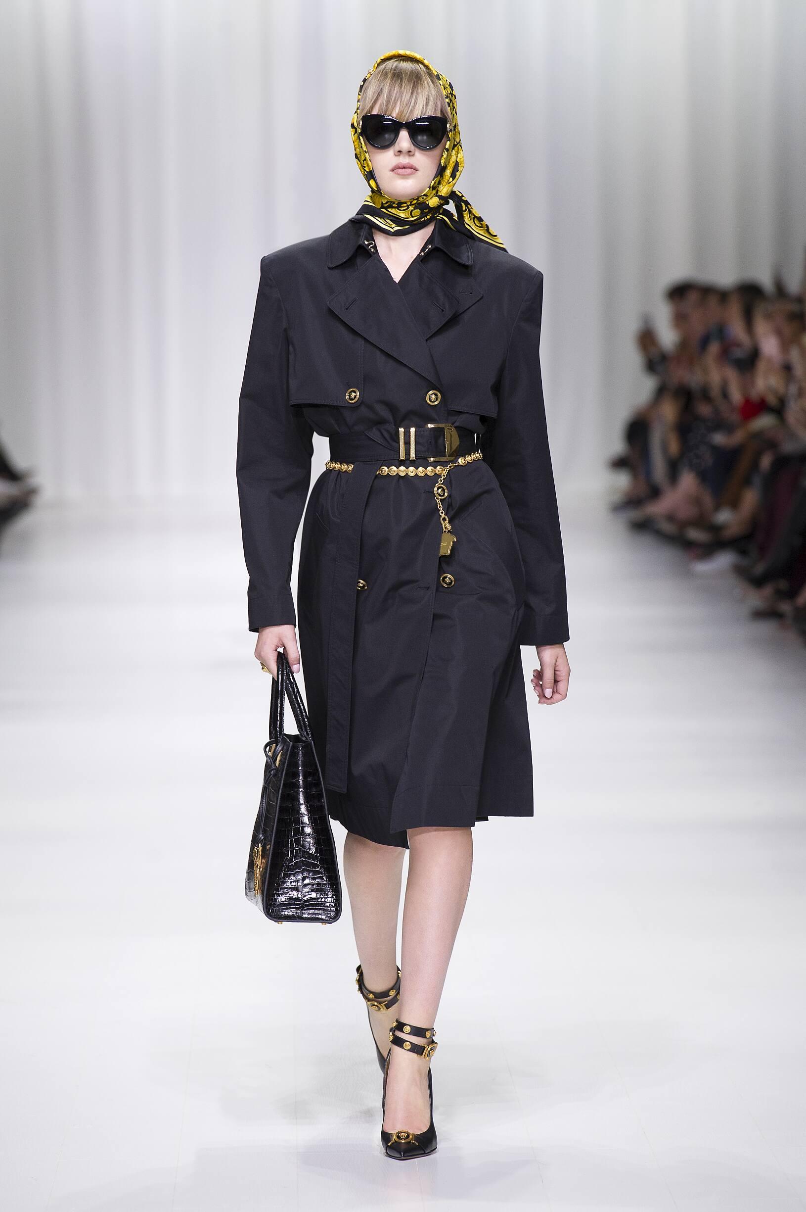 Spring 2018 Womenswear Versace