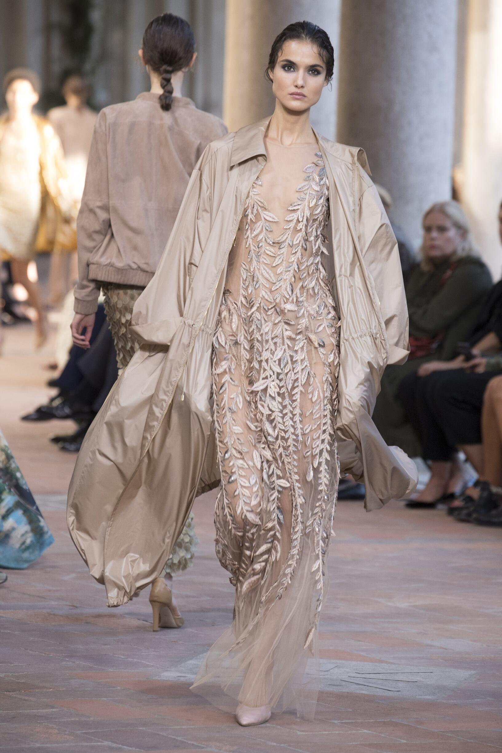 Spring Fashion Trends 2018 Alberta Ferretti
