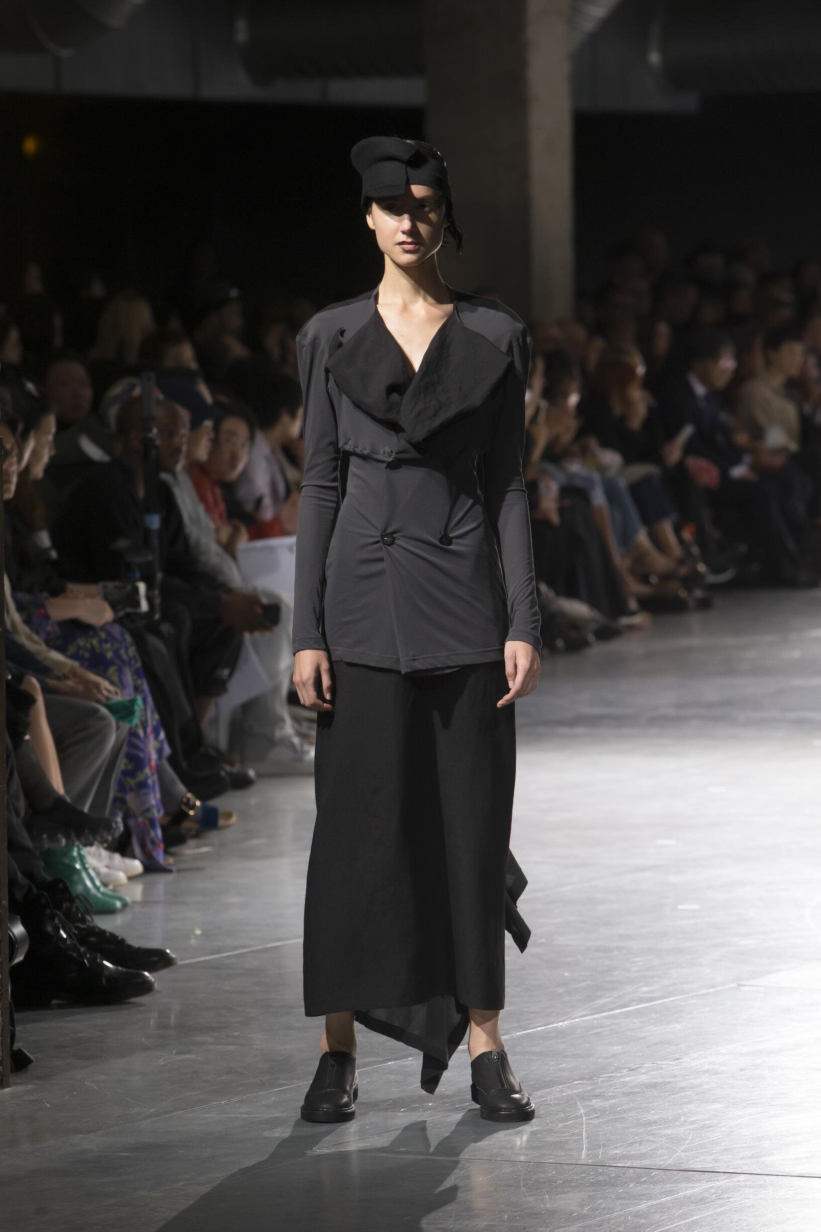 Spring Fashion Trends 2018 Yohji Yamamoto
