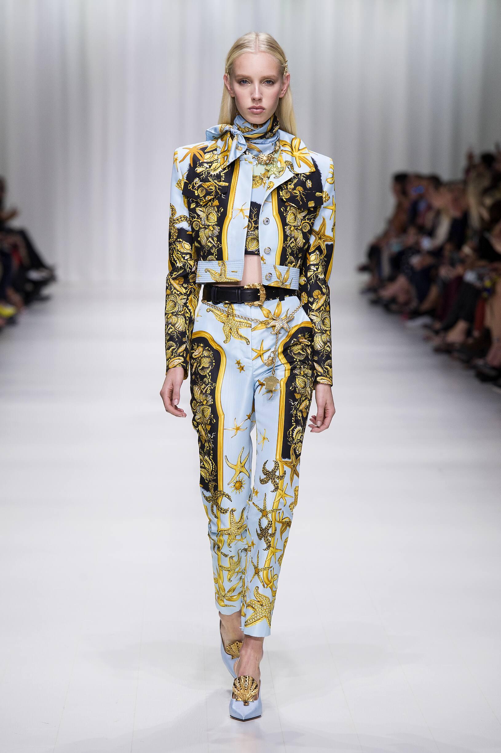 Spring Summer 2018 Woman Milan Versace Collection