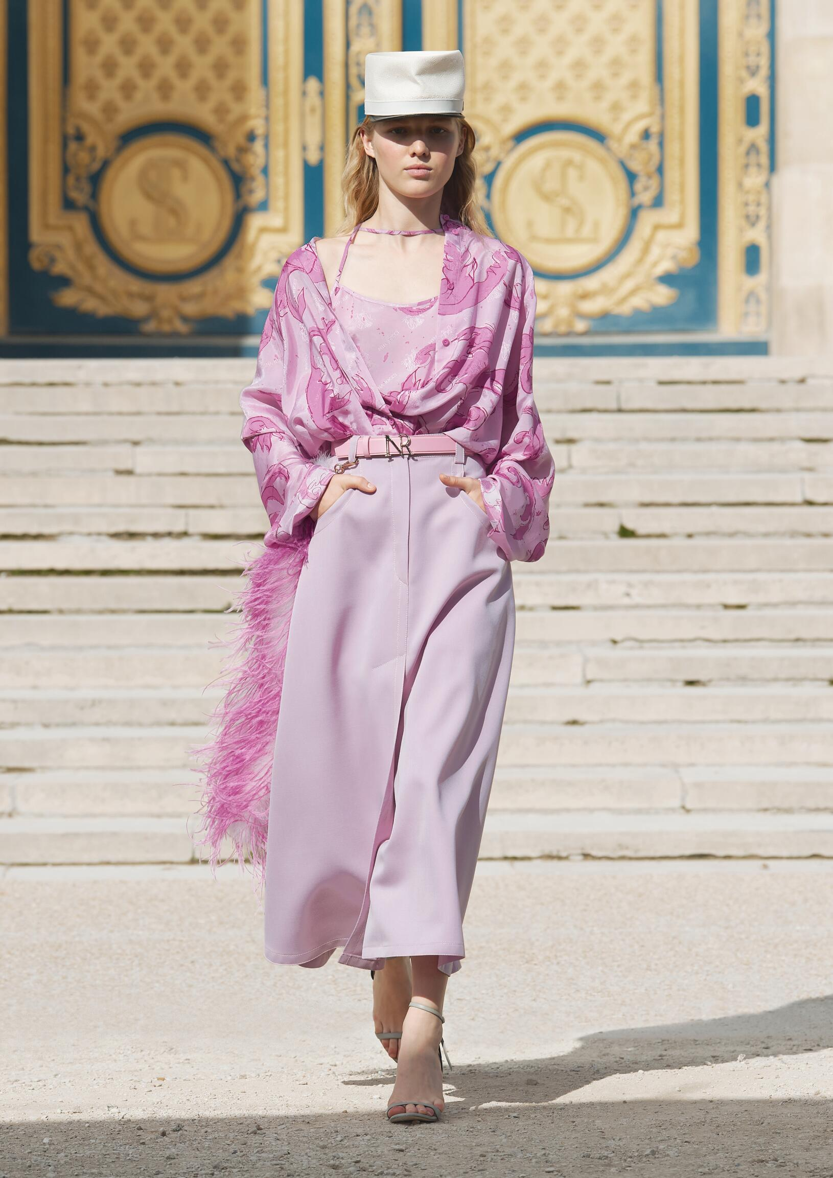 Spring Summer 2018 Woman Paris Nina Ricci Collection