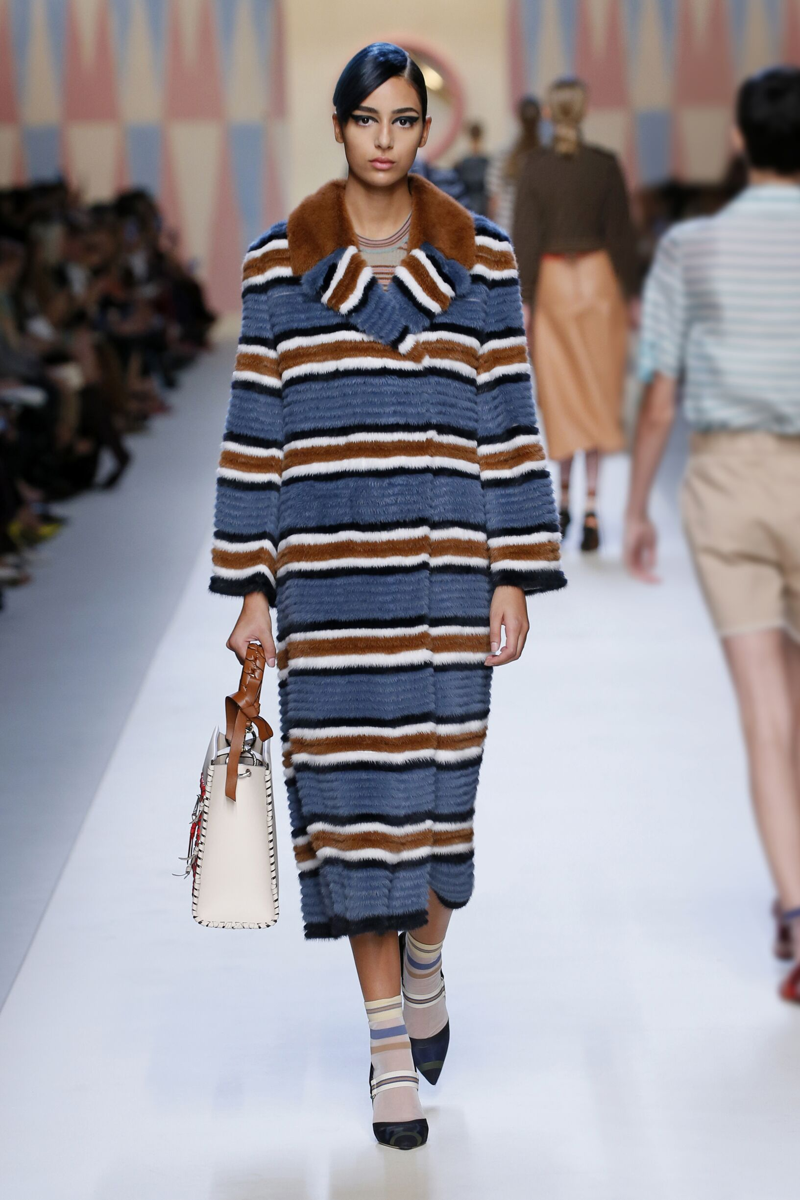 Summer 2018 Woman Trends Fendi