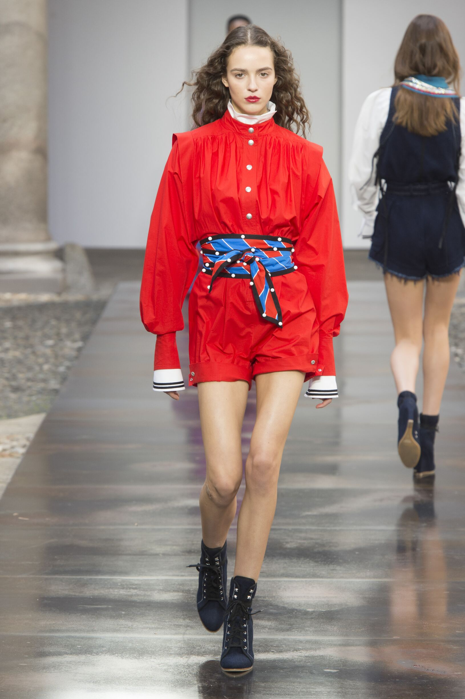 Summer 2018 Woman Trends Philosophy di Lorenzo Serafini