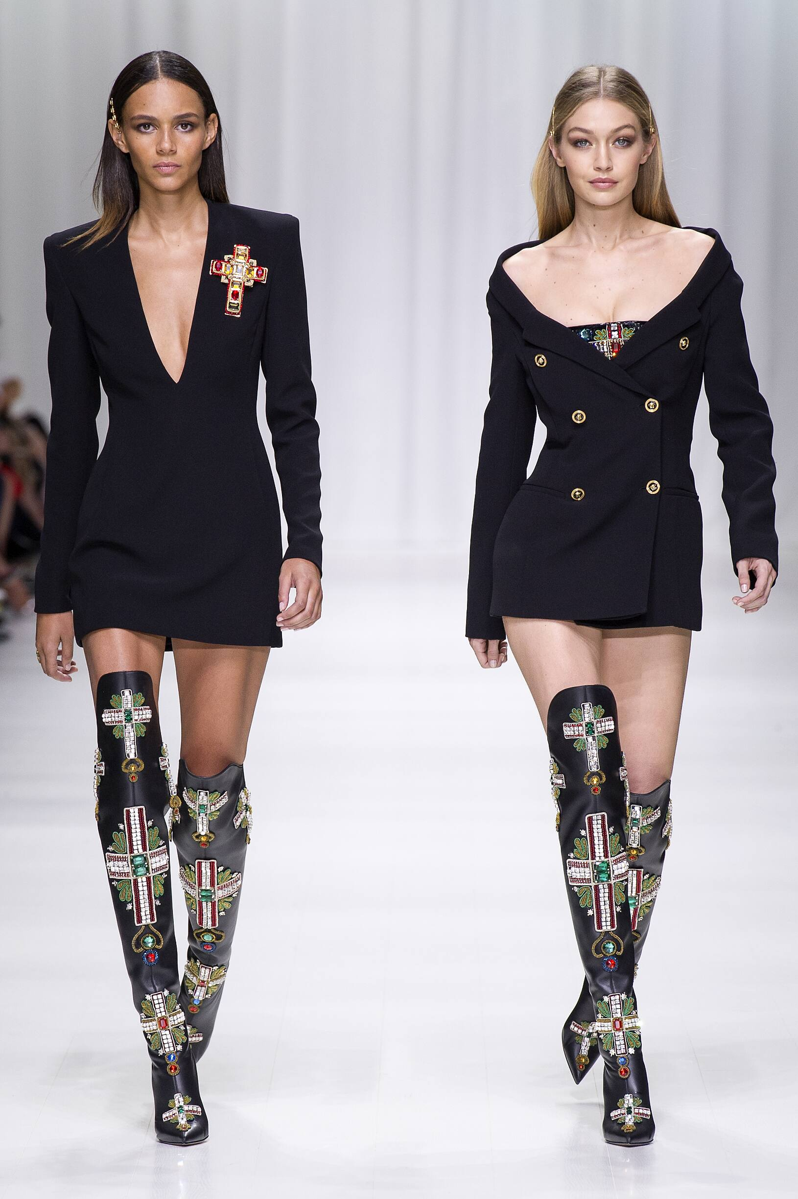 Versace 2018 Milan Trends Womenswear