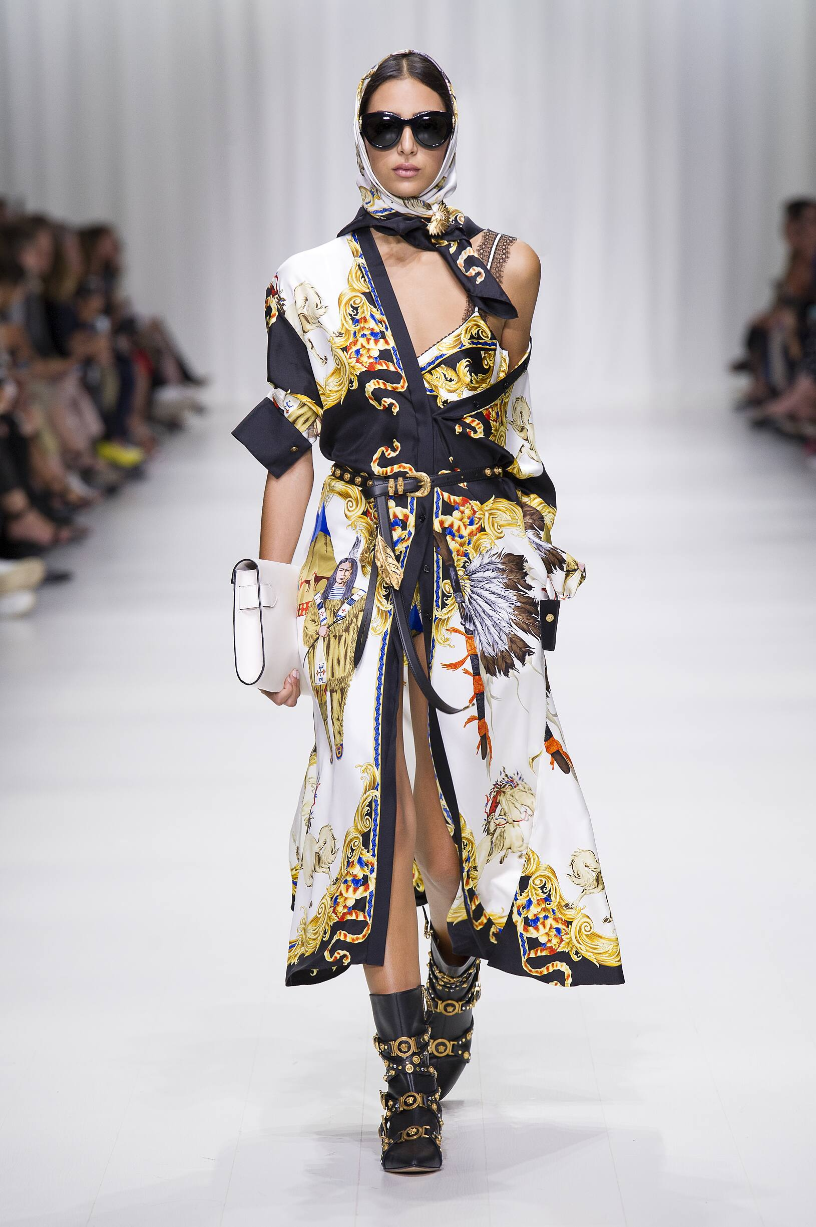 Versace Milan Fashion Week Womenswear
