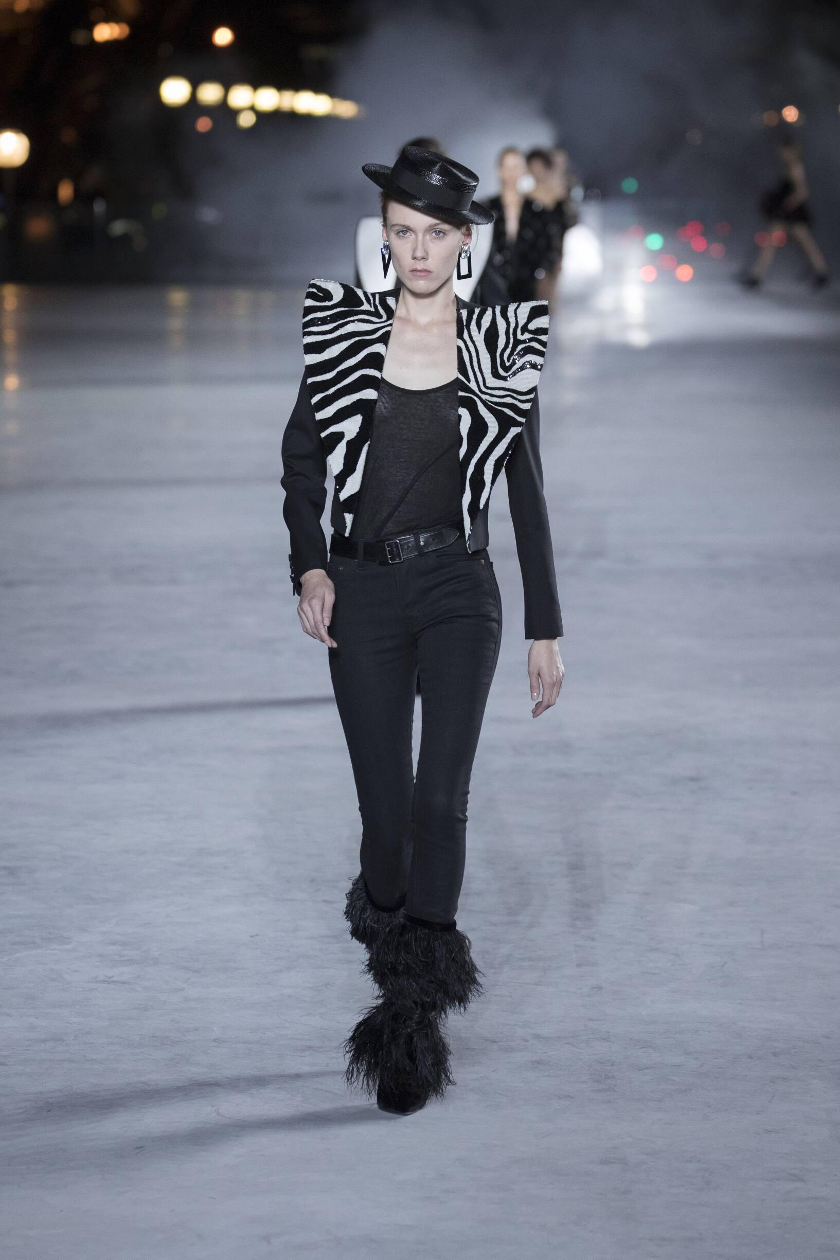 Woman SS 2018 Saint Laurent Show Paris Fashion Week