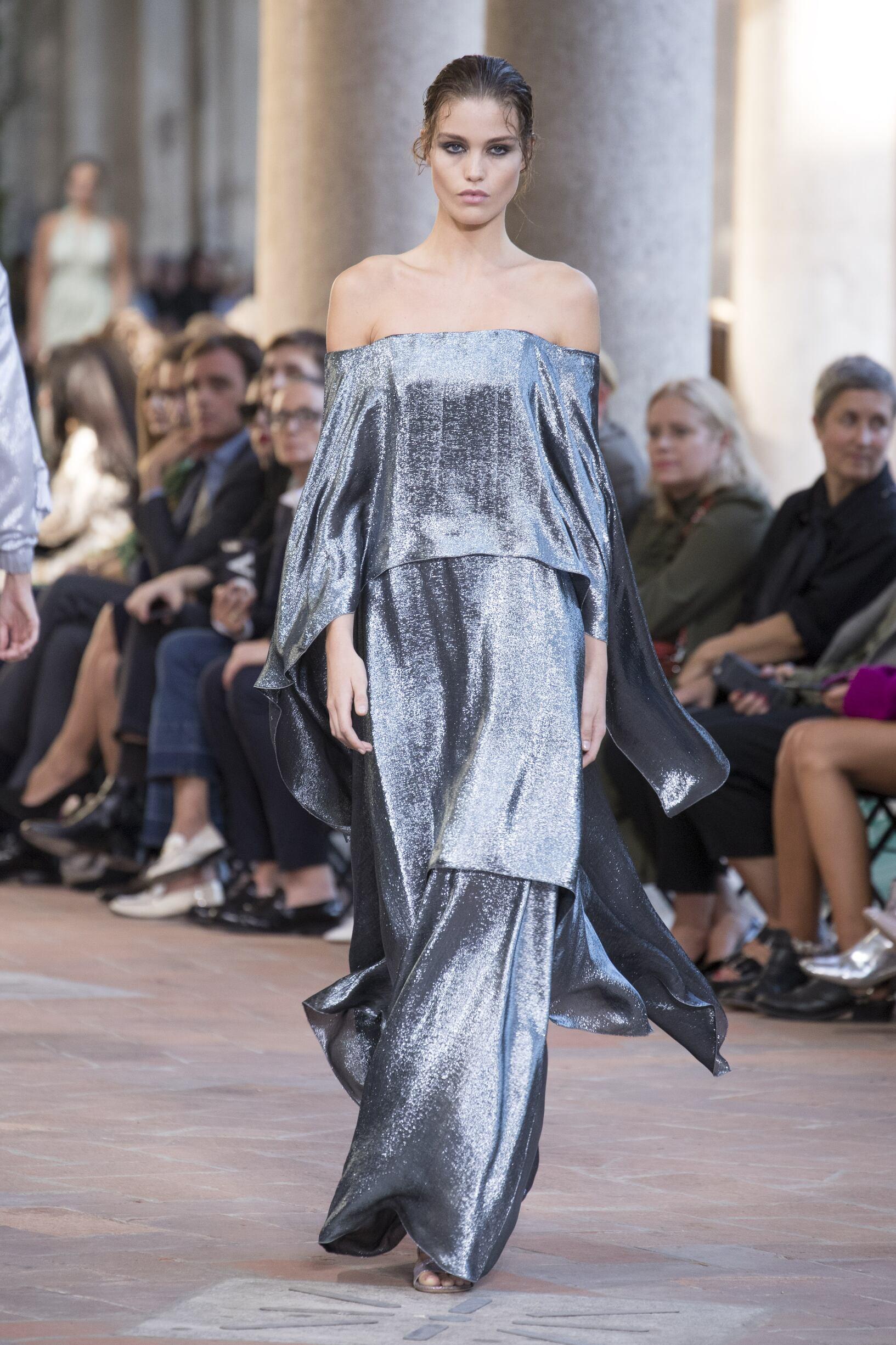 Womenswear SS Alberta Ferretti 2018