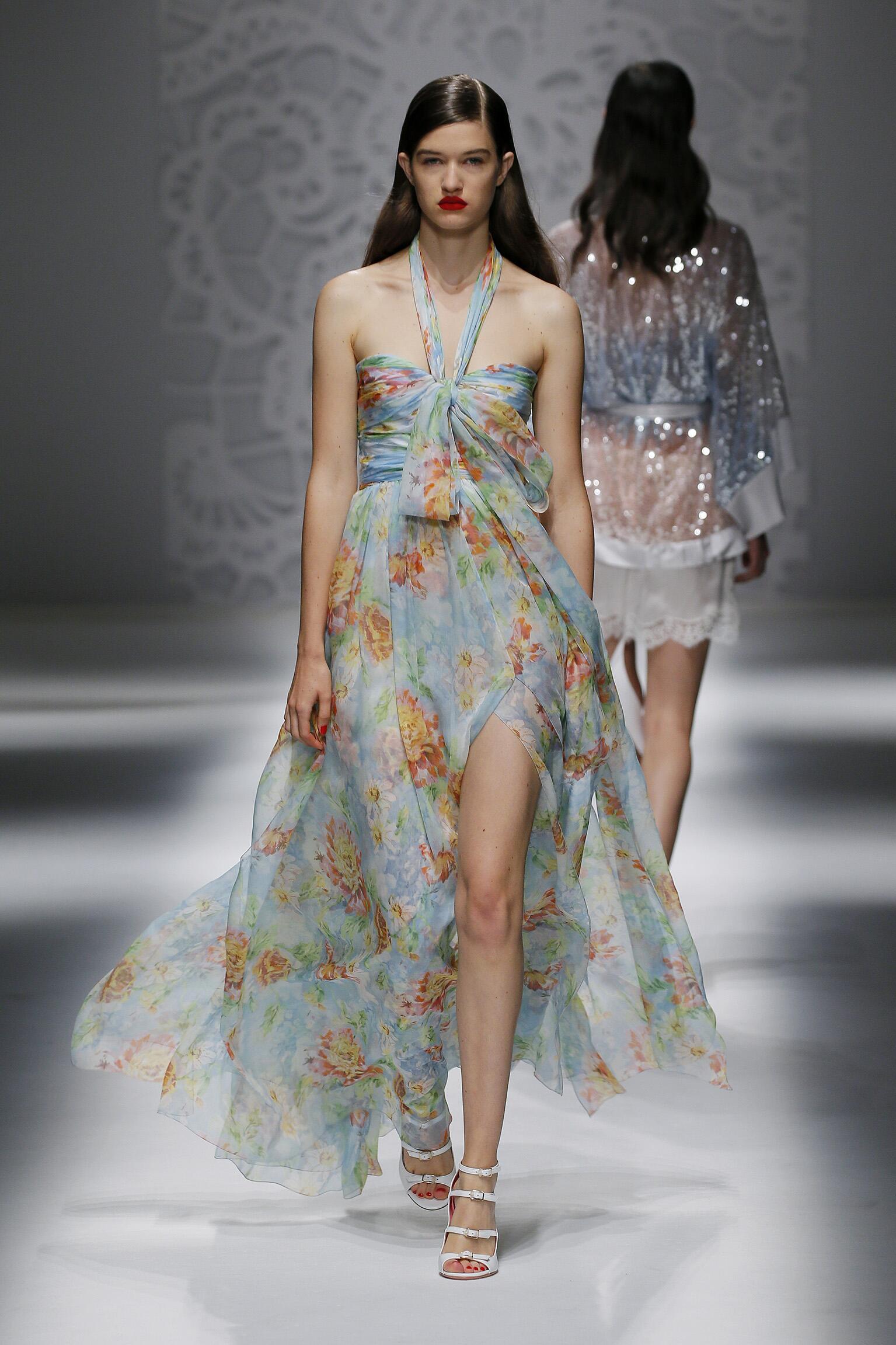 Womenswear Summer Blumarine 2018