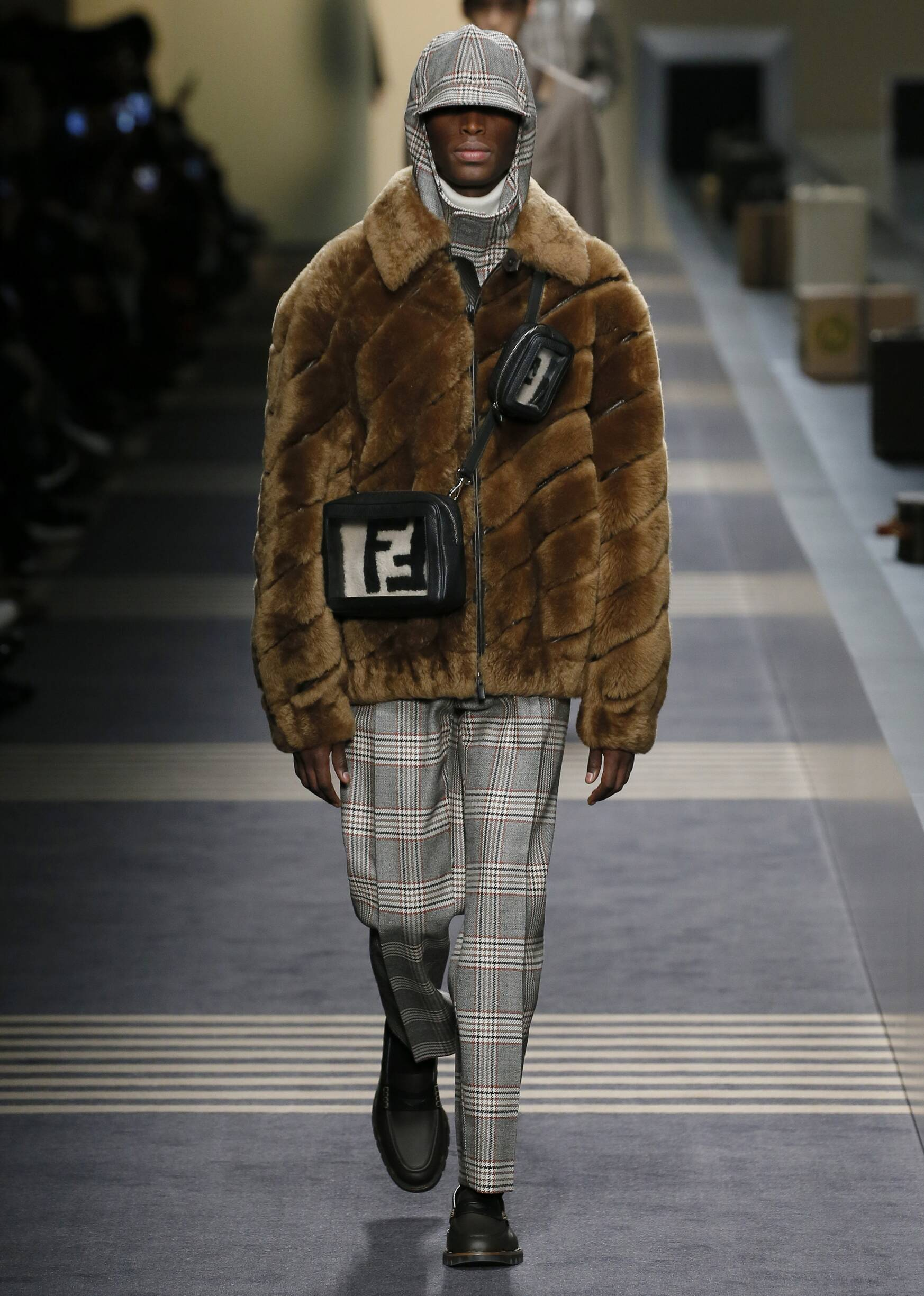 2018 Catwalk Fendi Winter