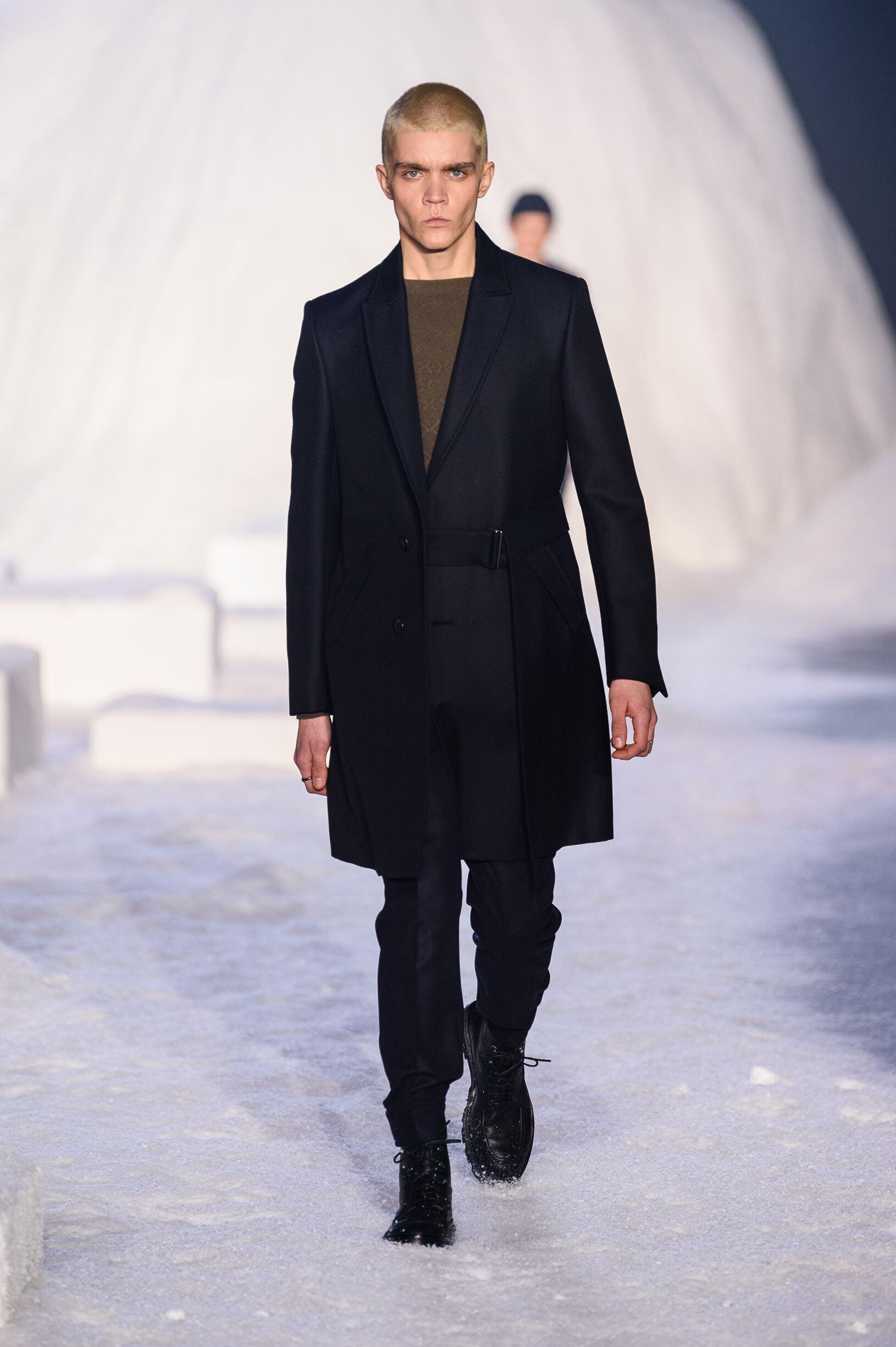 2018 Ermenegildo Zegna Couture Man Catwalk
