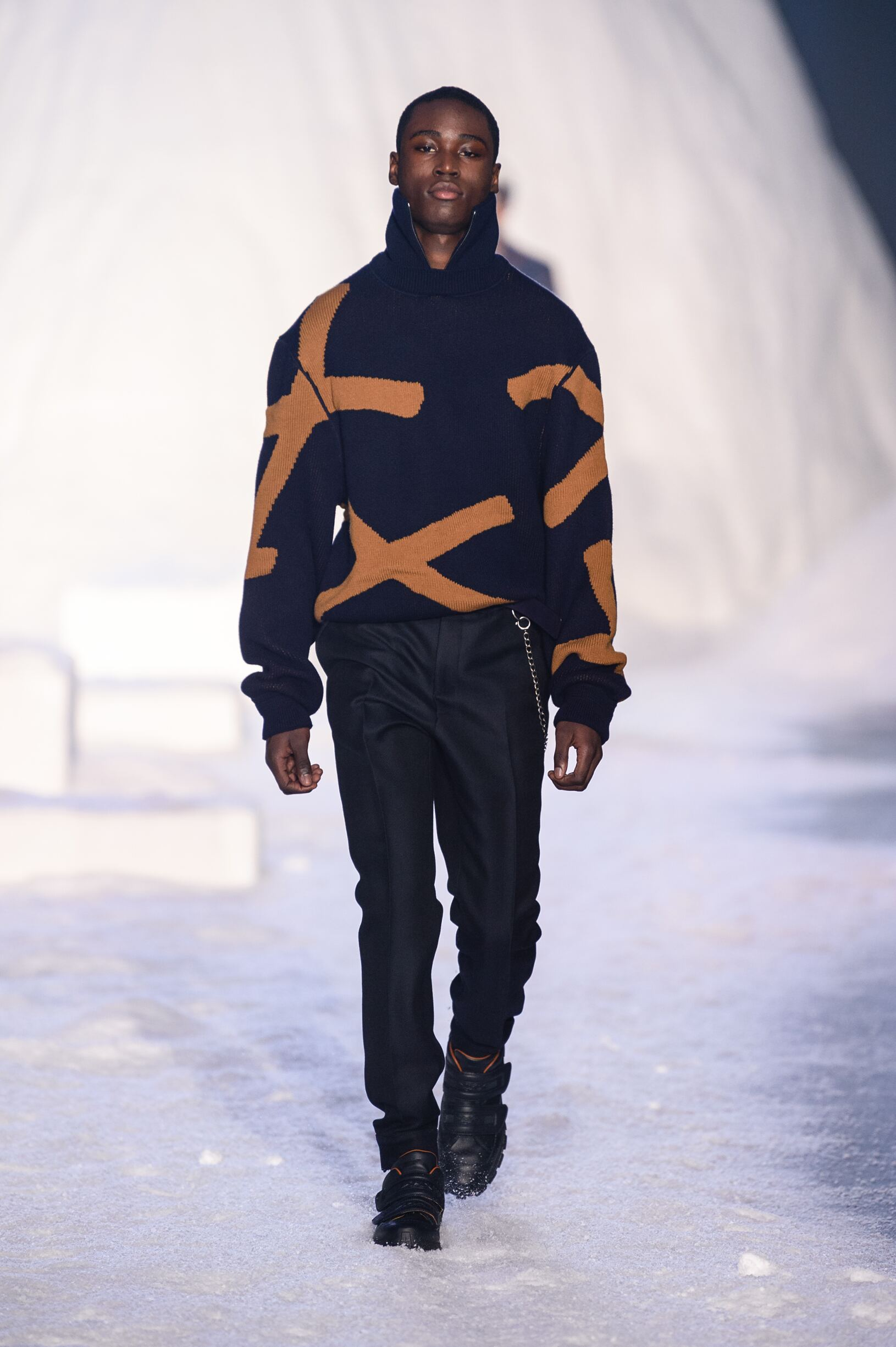 Ermenegildo Zegna Couture Winter 2018 Man Catwalk