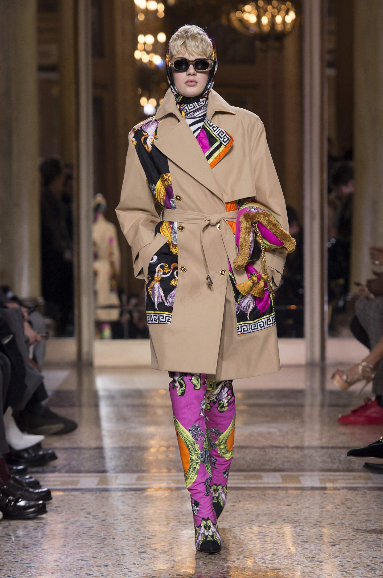 Fall Fashion Woman Trends 2018 Versace
