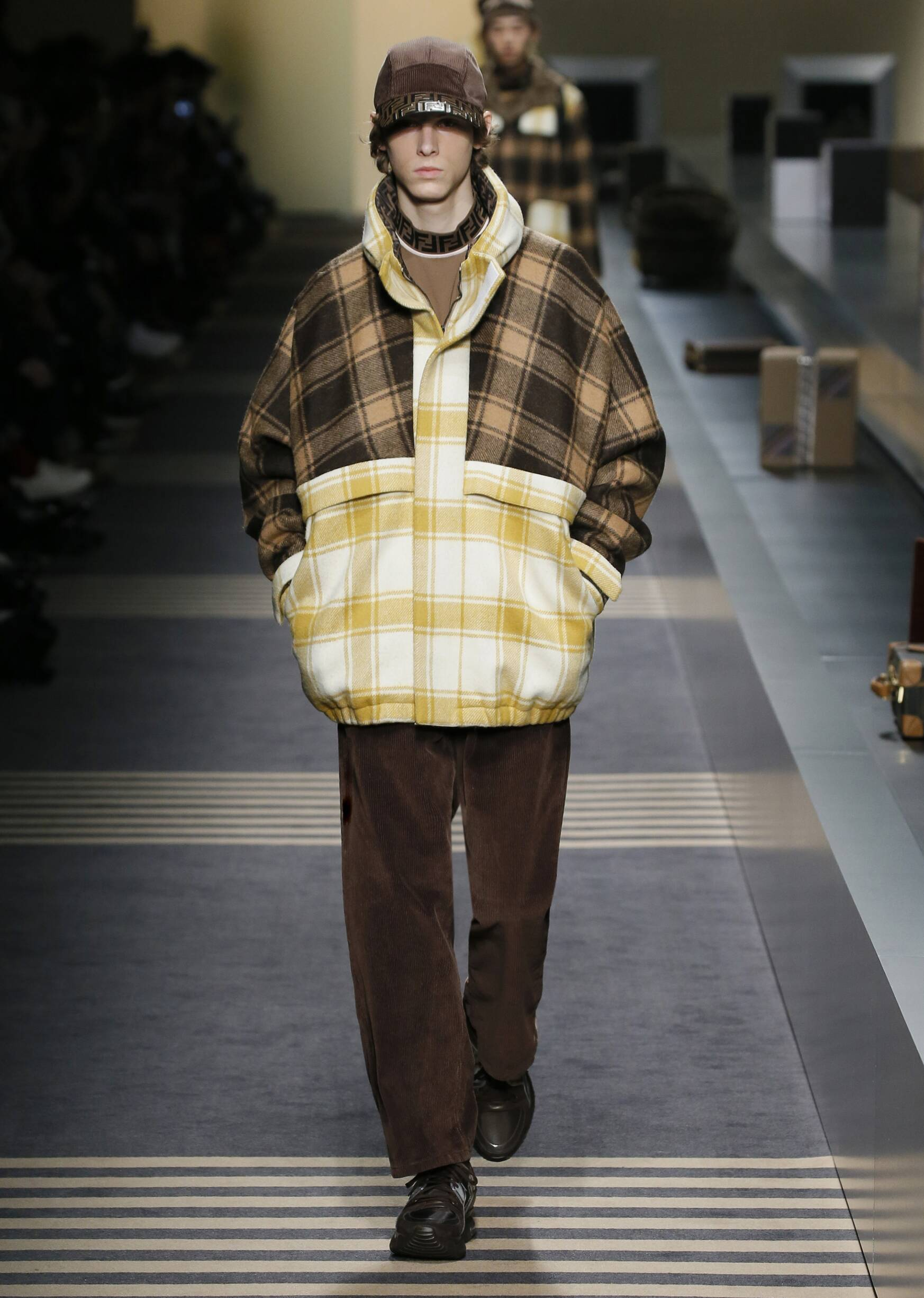 Fendi Winter 2018 Man Catwalk