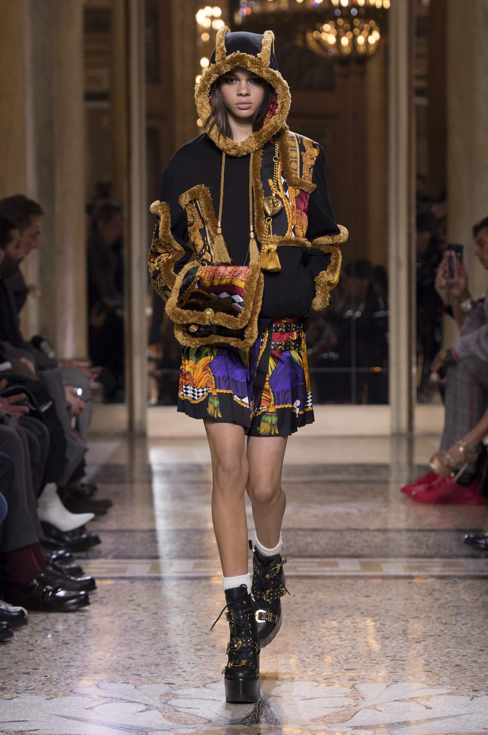 Versace 2018 Woman Milan