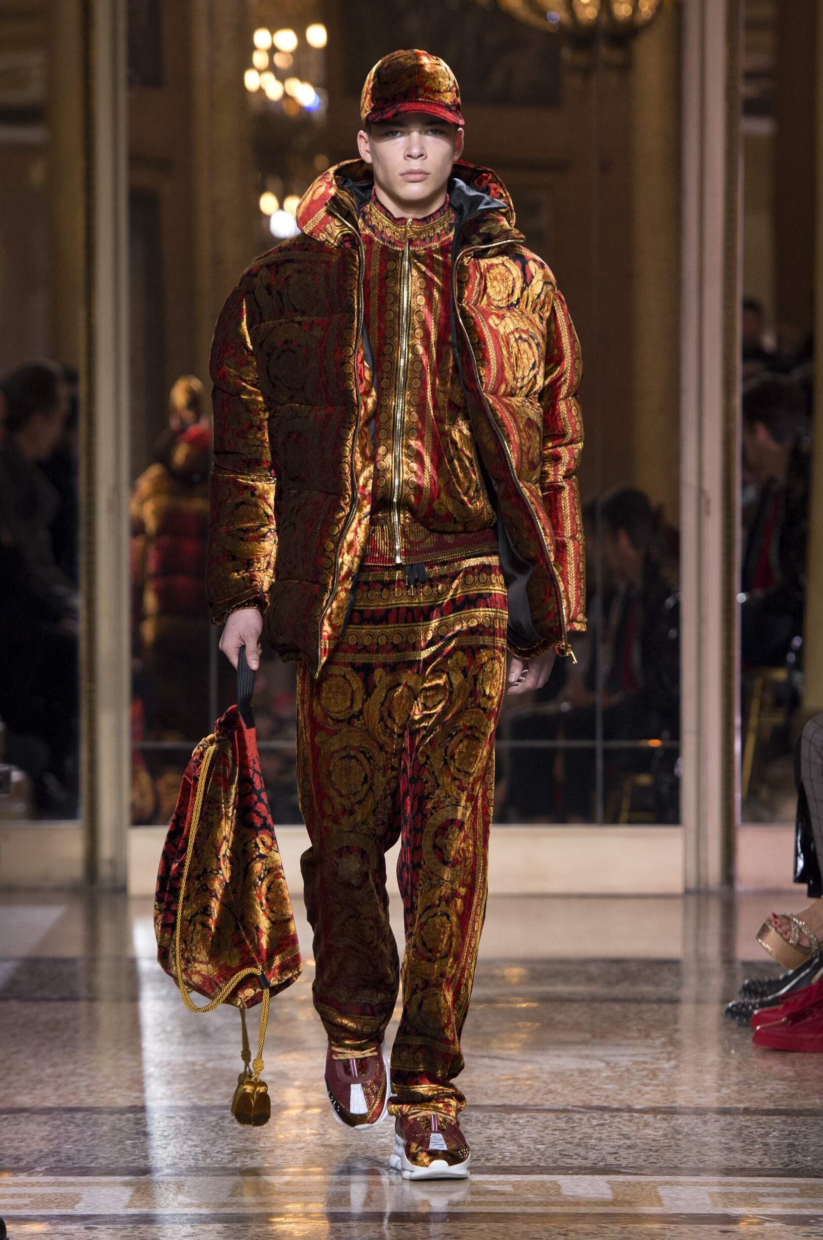 Versace Man 2018