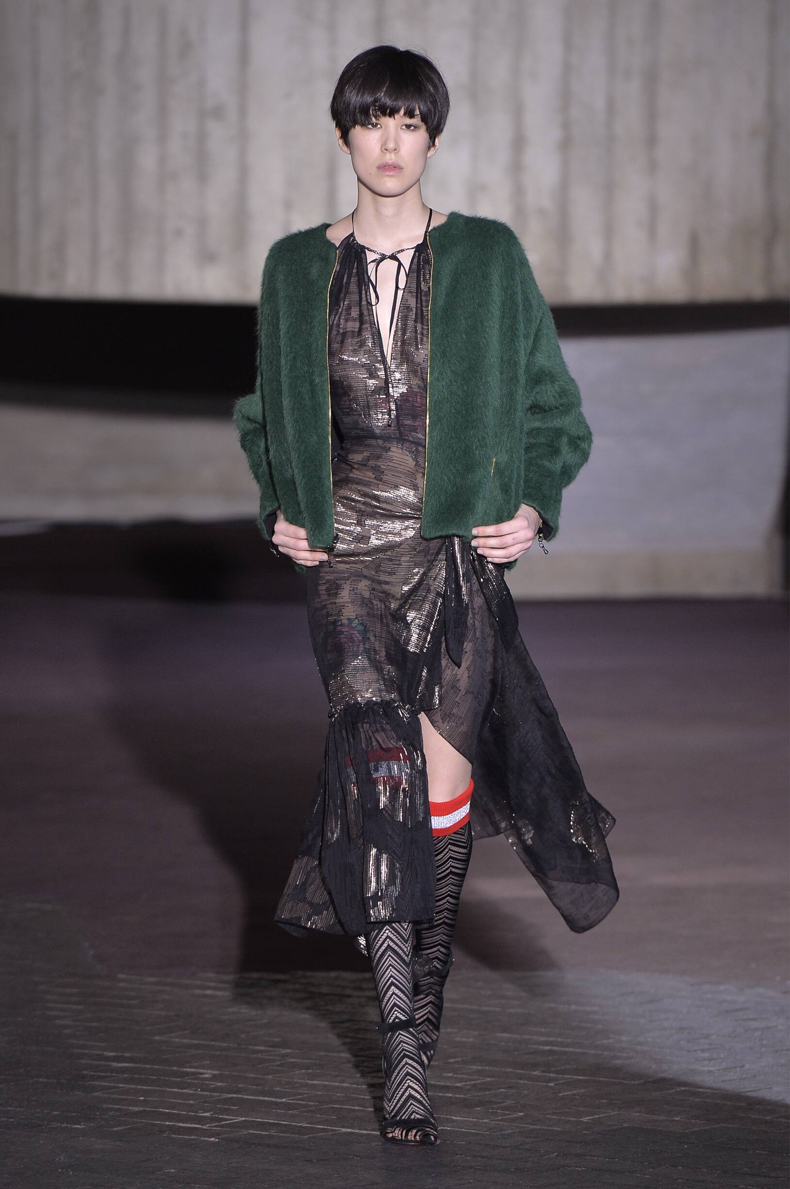 2018 Roland Mouret Woman Winter Catwalk